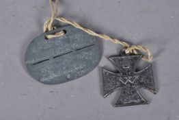 A WWI German Propaganda Iron Cross 1914, marked RD to the reverse, 4.5cm wide, together with a