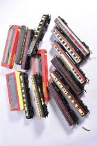 Hornby and other makers 00 Gauge Coaches, Hornby, R2347M The Manxman Train Pack, comprising LMS