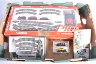 Fleischmann N Gauge Starter Train Set and Accessories, 9305 Start Goods Set, comprising black 0-4-