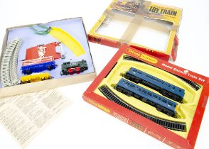 Uncommon Tri-ang Clockwork Train Set and Tri-ang Hornby Blue DMU Set, RB 5 Set (produced in 1971),
