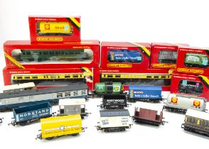Hornby 00 Gauge Diesel Railcar Passenger and Goods Rolling stock boxed and unboxed, BR green 3-Car