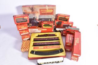 Tri-ang Railways and Tri-ang-Hornby 00 Gauge Train Set Rolling Stock and Accessories, Tri-ang R223