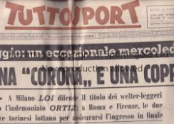 TUTTO SPORT Newspaper dated 10/5/1961 with minimal coverage of Tevere Roma v Manchester United