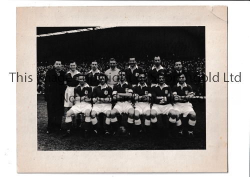 """WALES 1947 An 8"""" X 6"""" mounted B/W team group photo taken before the match in Ireland 9/3/1947 with a"""