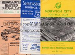 FOOTBALL PROGRAMMES 1958/9 SEASON Sixty programmes including Accrington v Portsmouth and Hull,