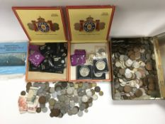 A collection of GB and foreign coinage and bank no