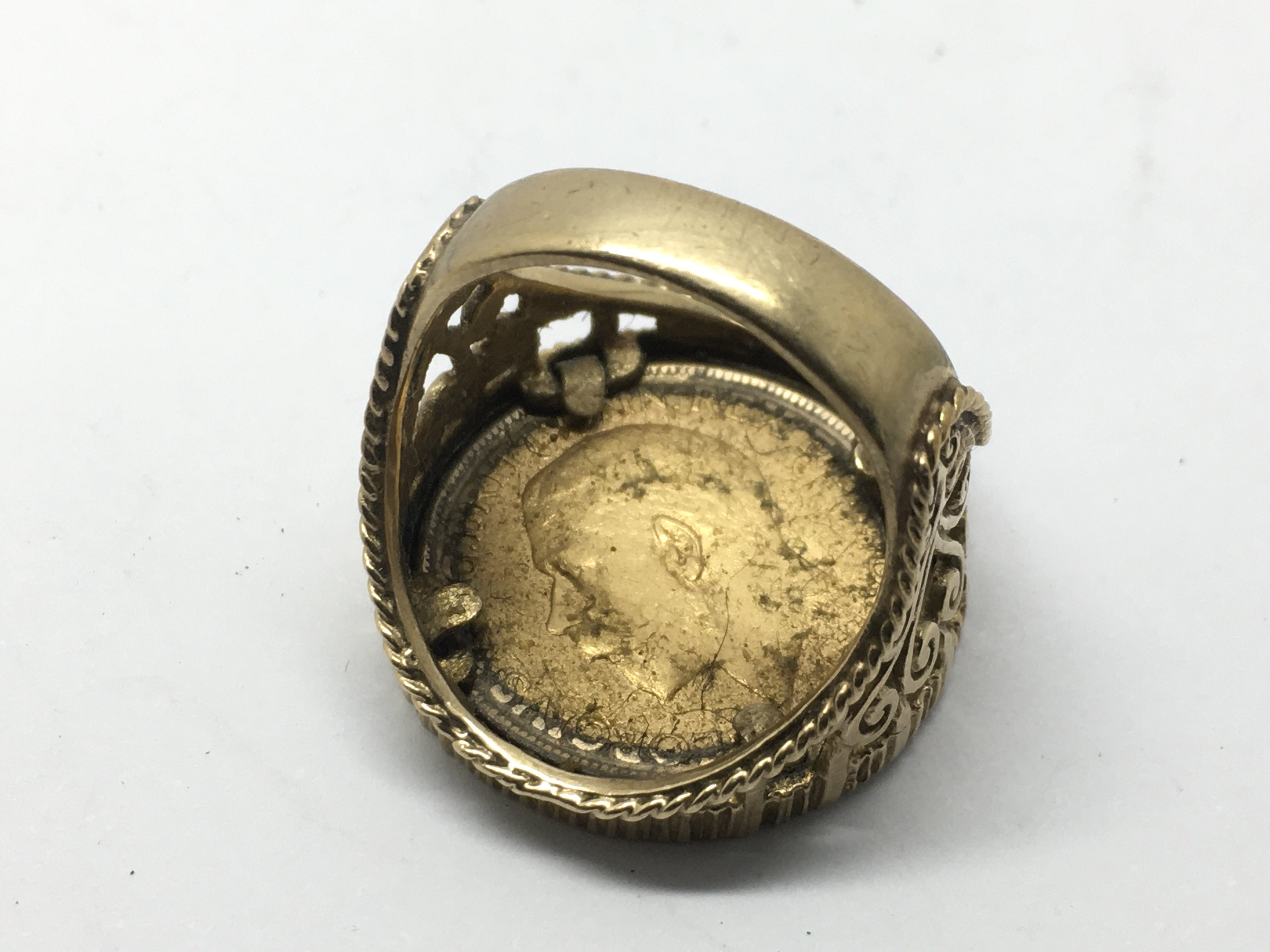 A 9ct gold ring inset with a full sovereign dated - Image 2 of 2