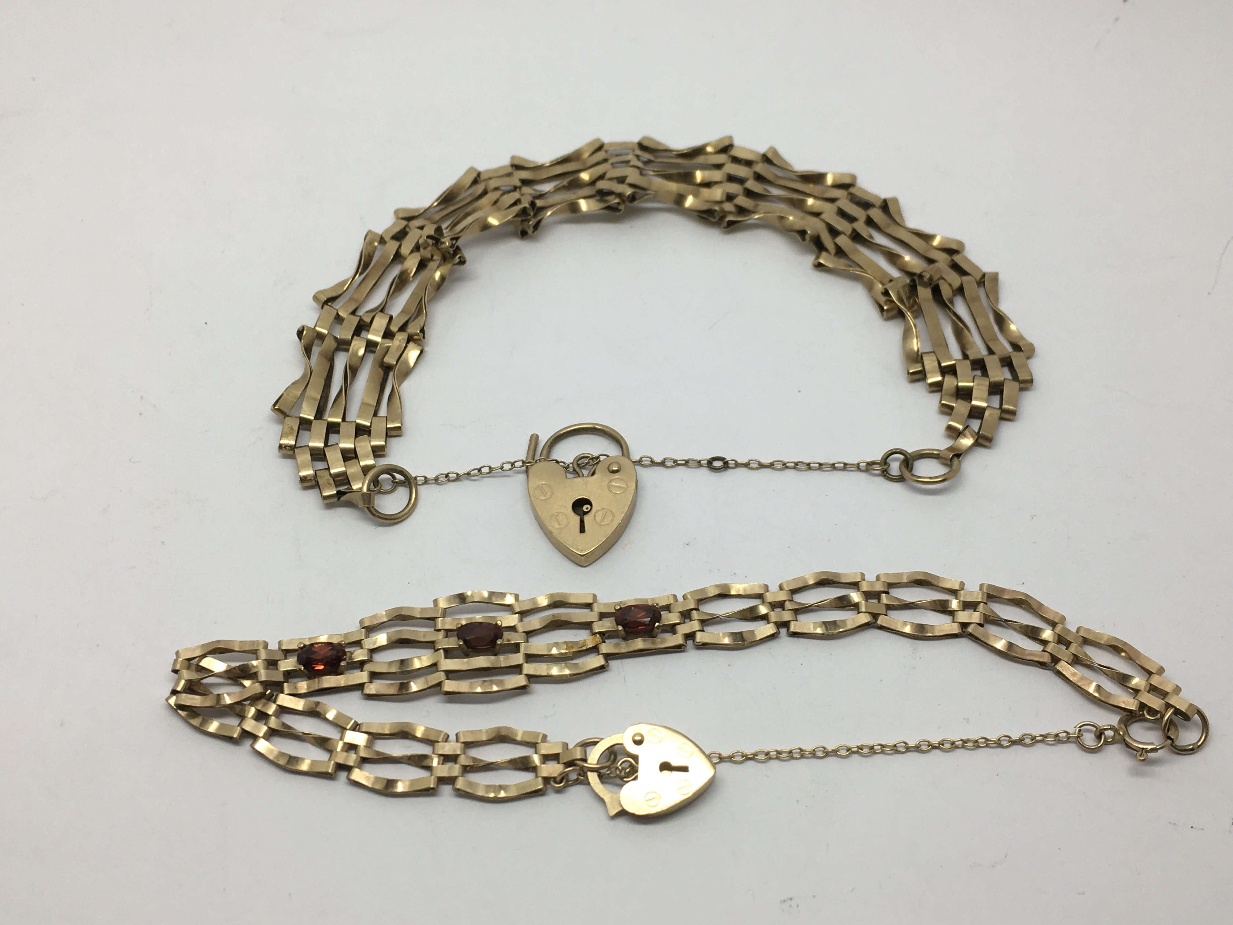 Two 9ct gold gate bracelets, approx 15.3g.