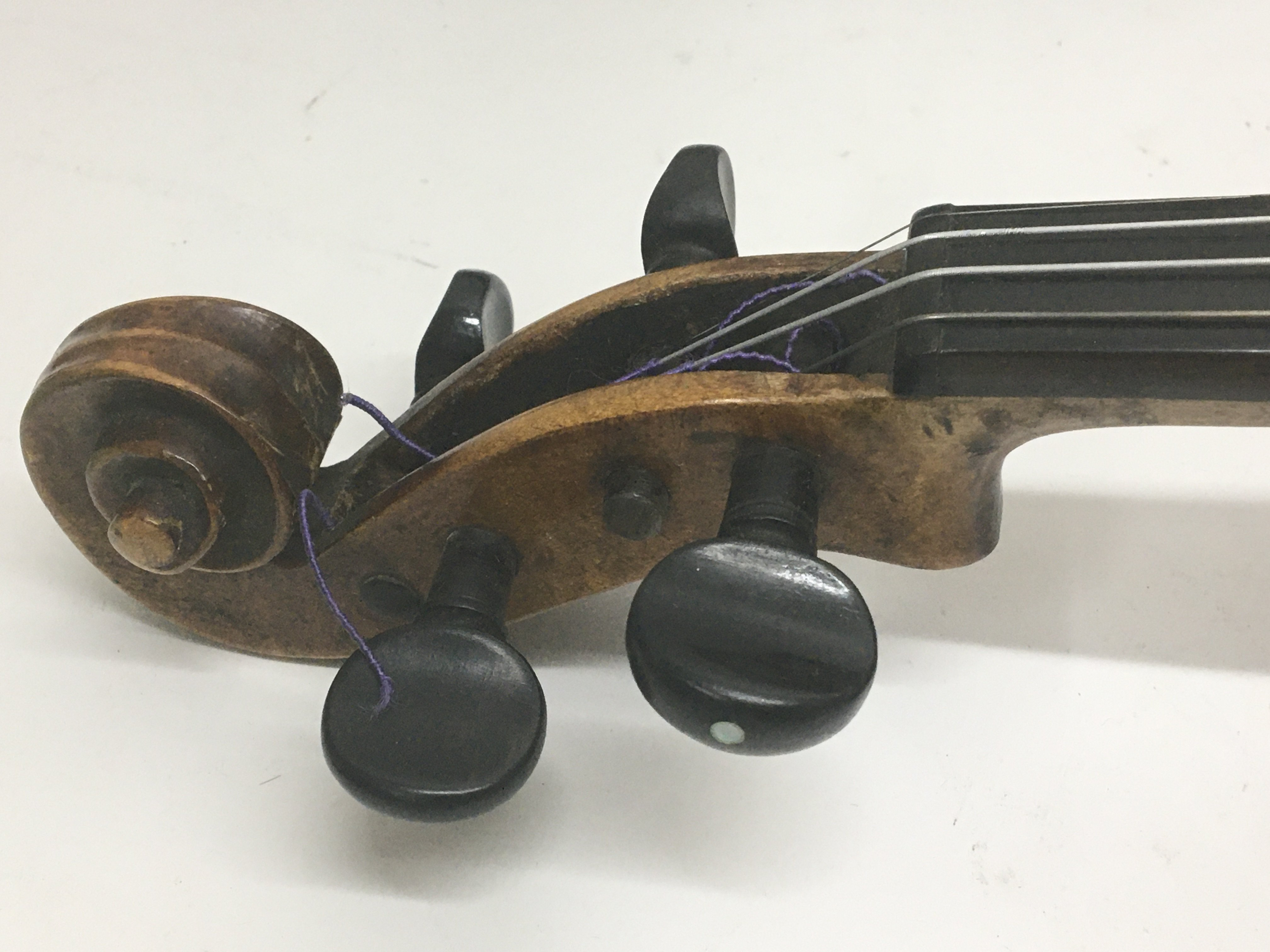 A Quality Victorian English violin maker William B - Image 4 of 6