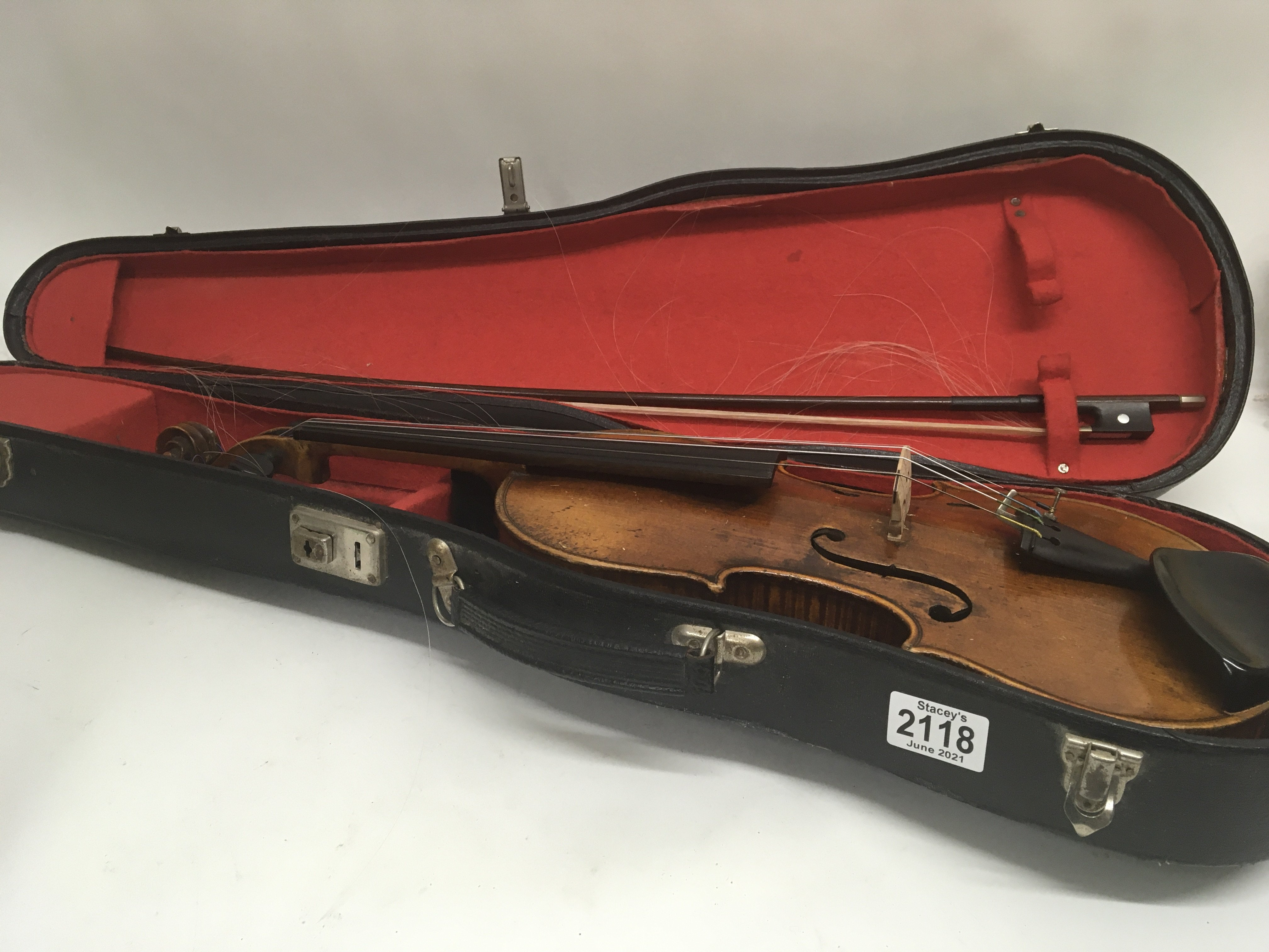 A Quality Victorian English violin maker William B - Image 6 of 6
