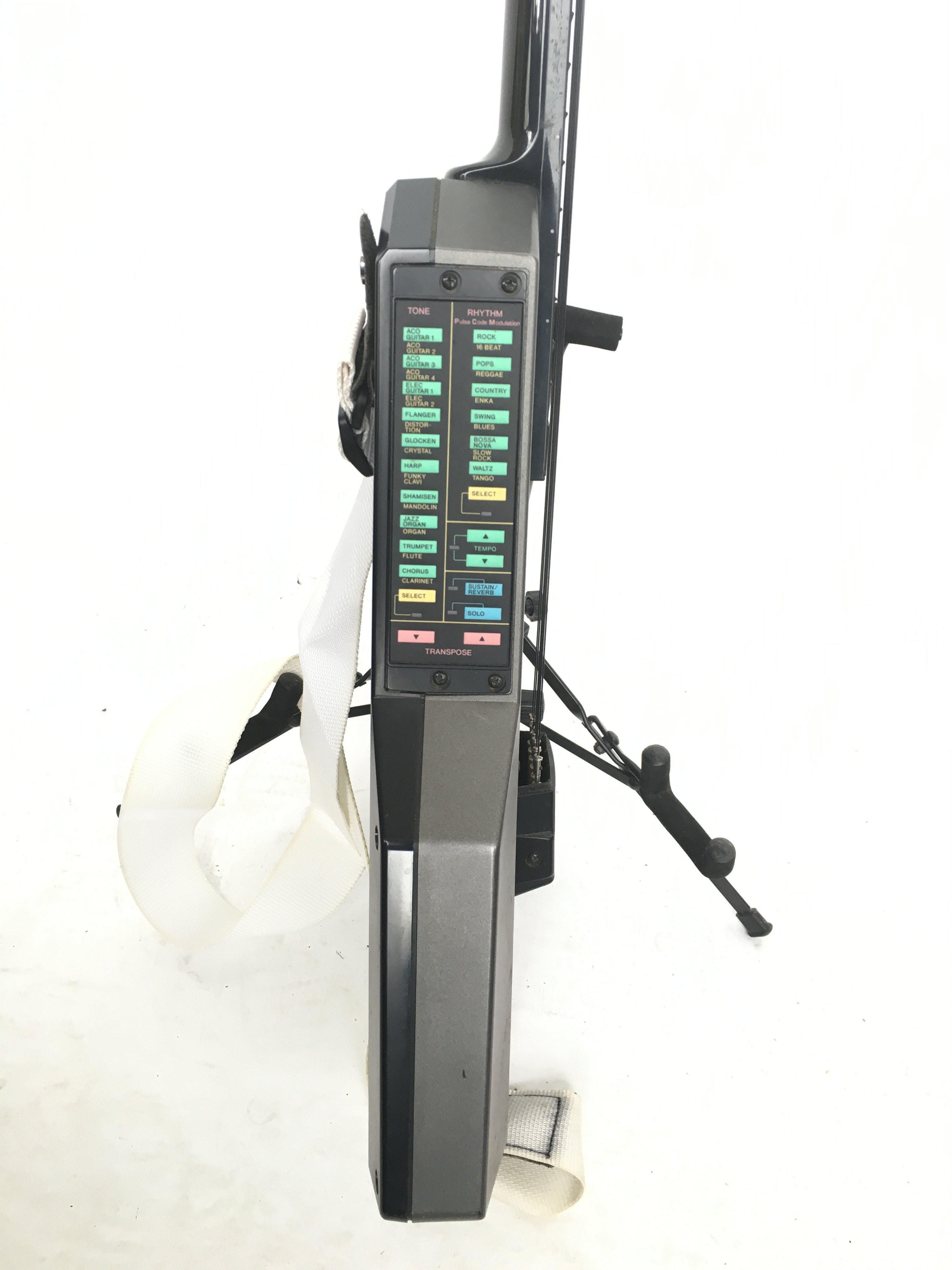 A Casio DG20 synth guitar. Comes supplied with a h - Image 3 of 3