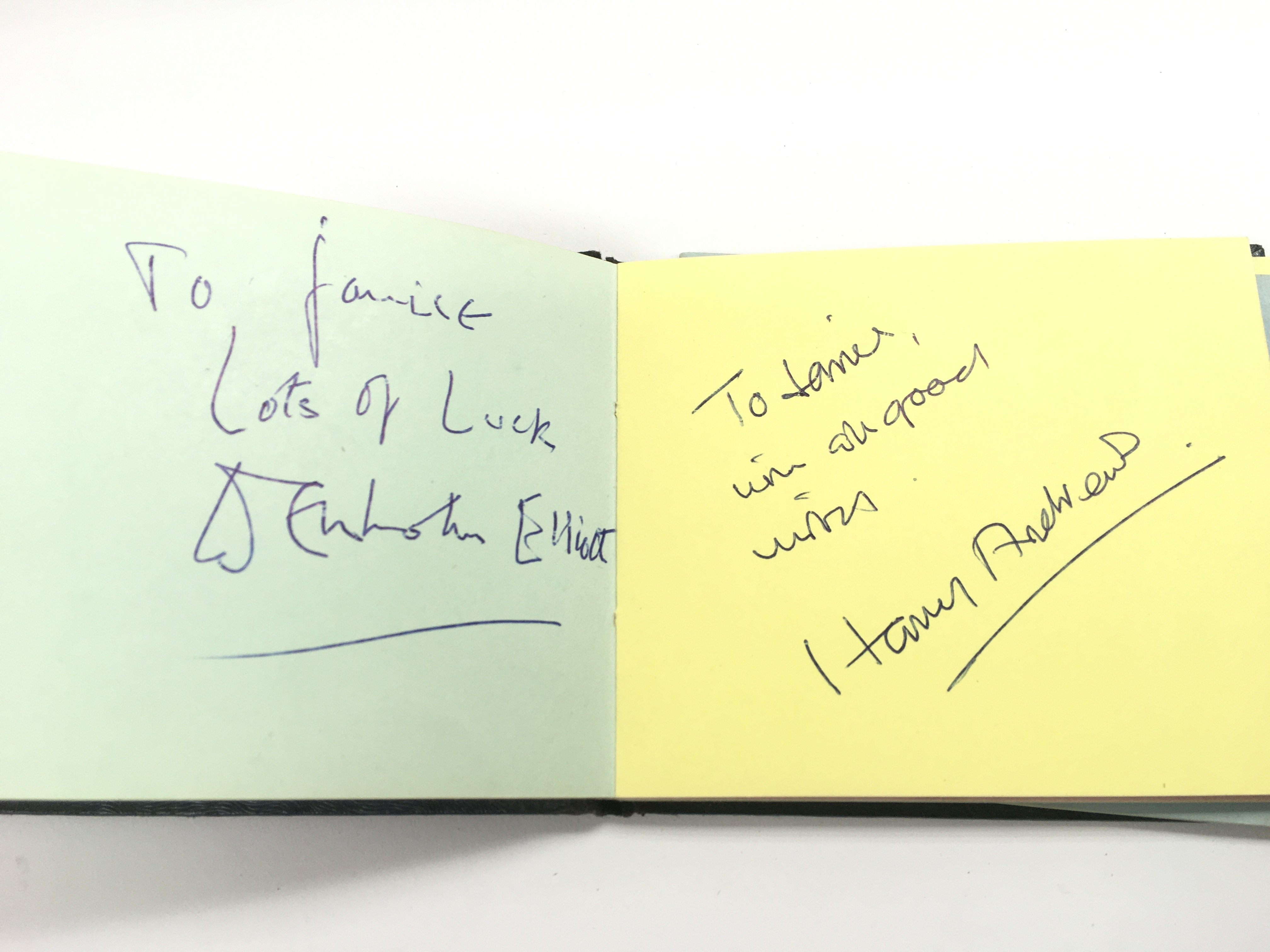 An autograph booklet containing various autographs - Image 5 of 5