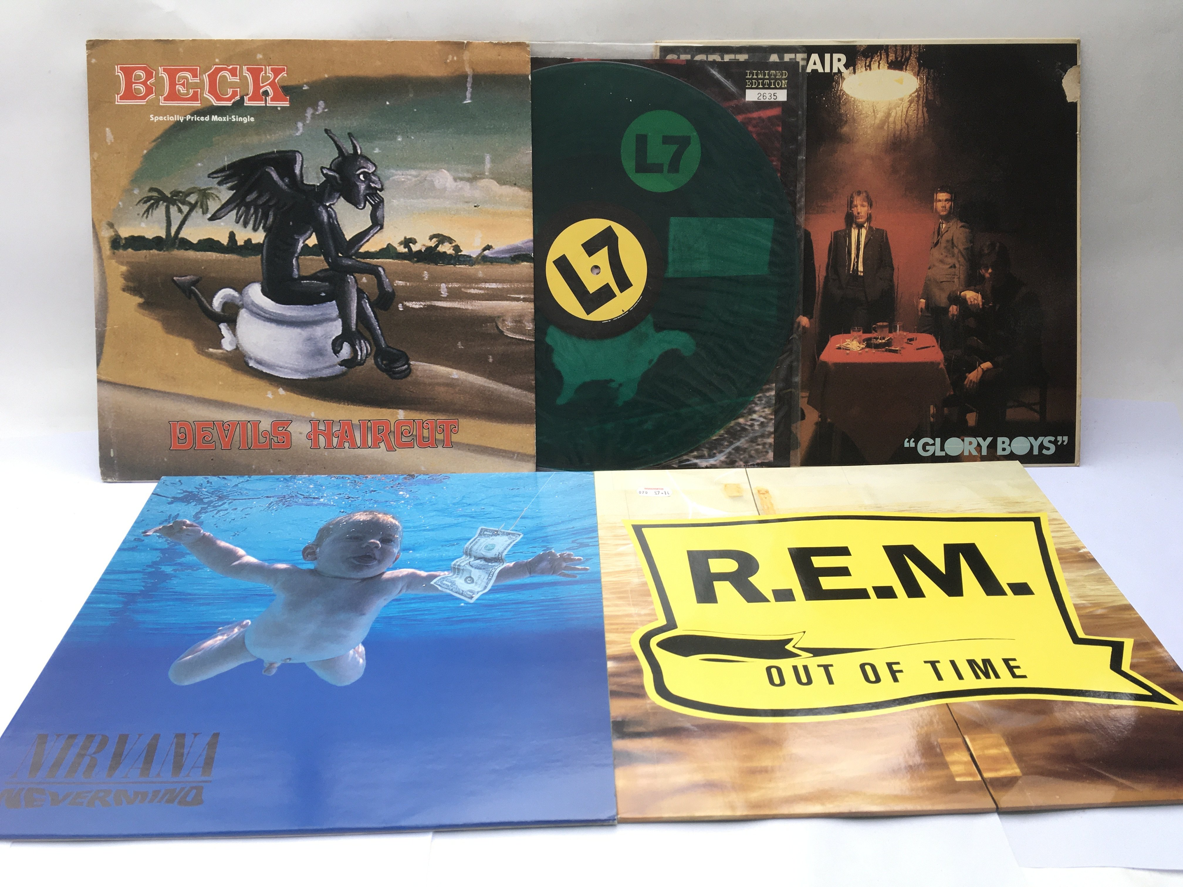 A small collection of indie alternative LPs, 12inc