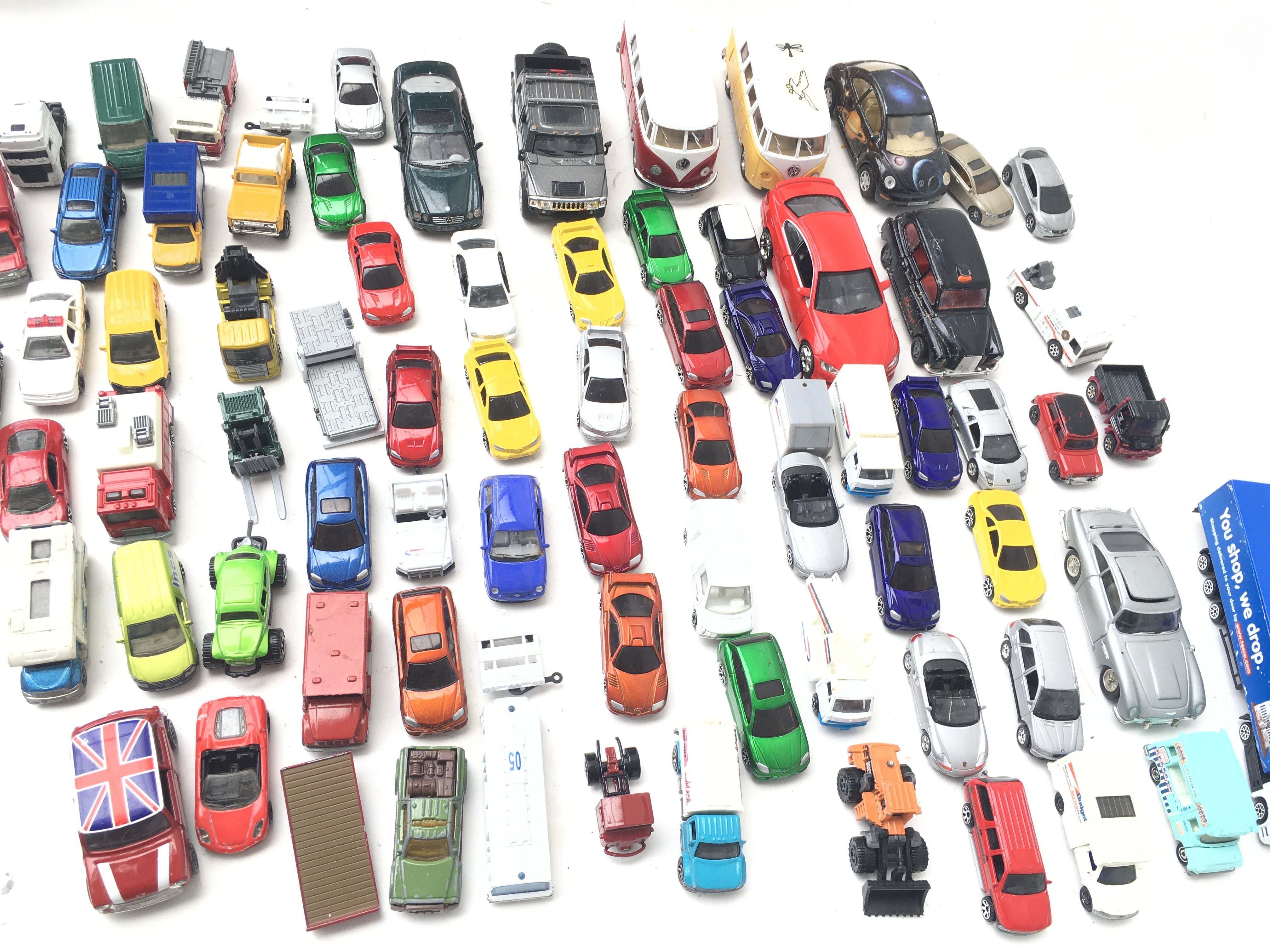 A Collection of Die- Cast vehicle's including Matchbox.Corgi and Others. - Image 2 of 2