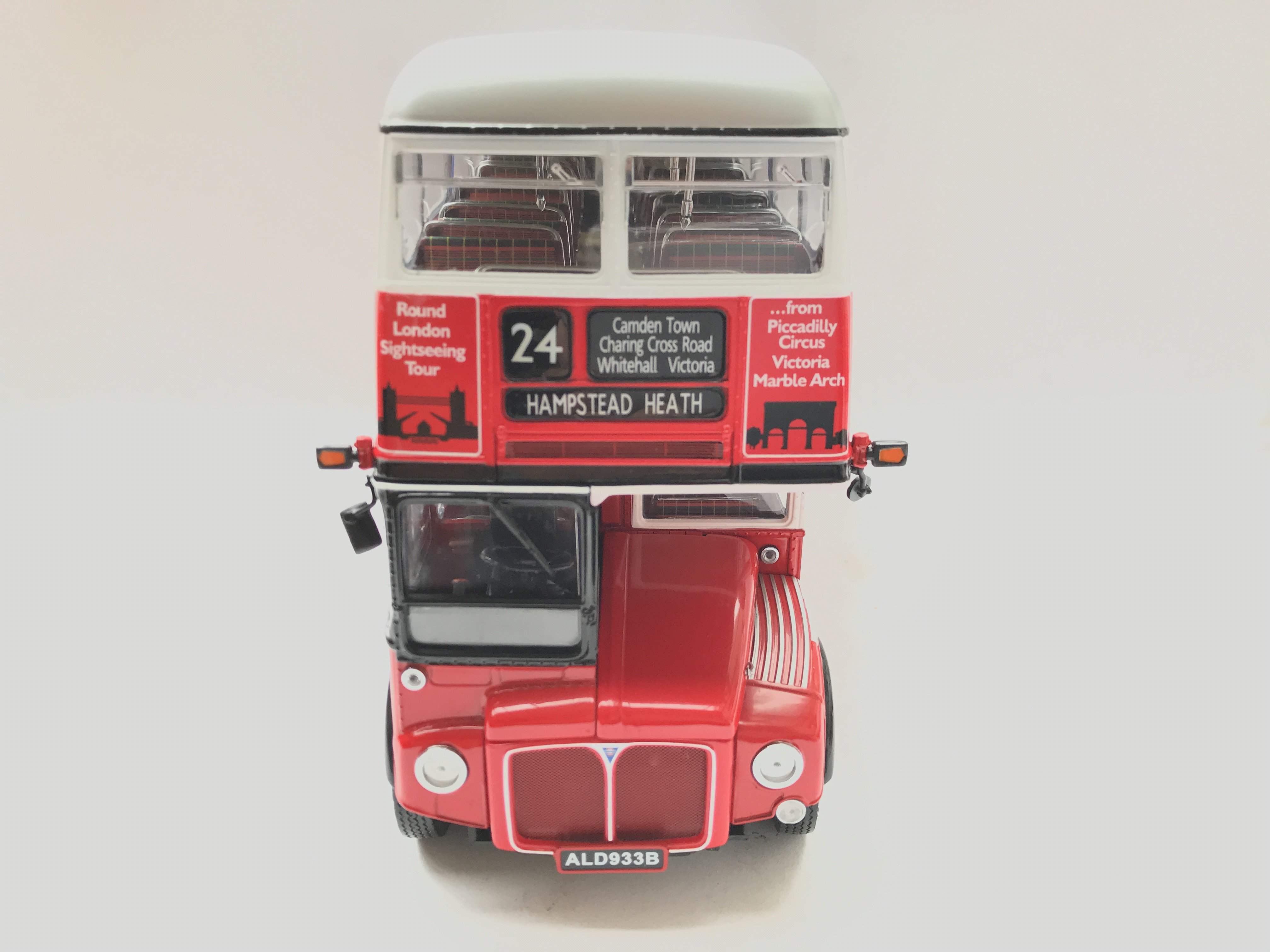 A Boxed Sunstar Routemaster Scale 1:24 #2909 - Image 3 of 3