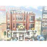 A Boxed Lego Corner Garage 2569 pcs #10264.