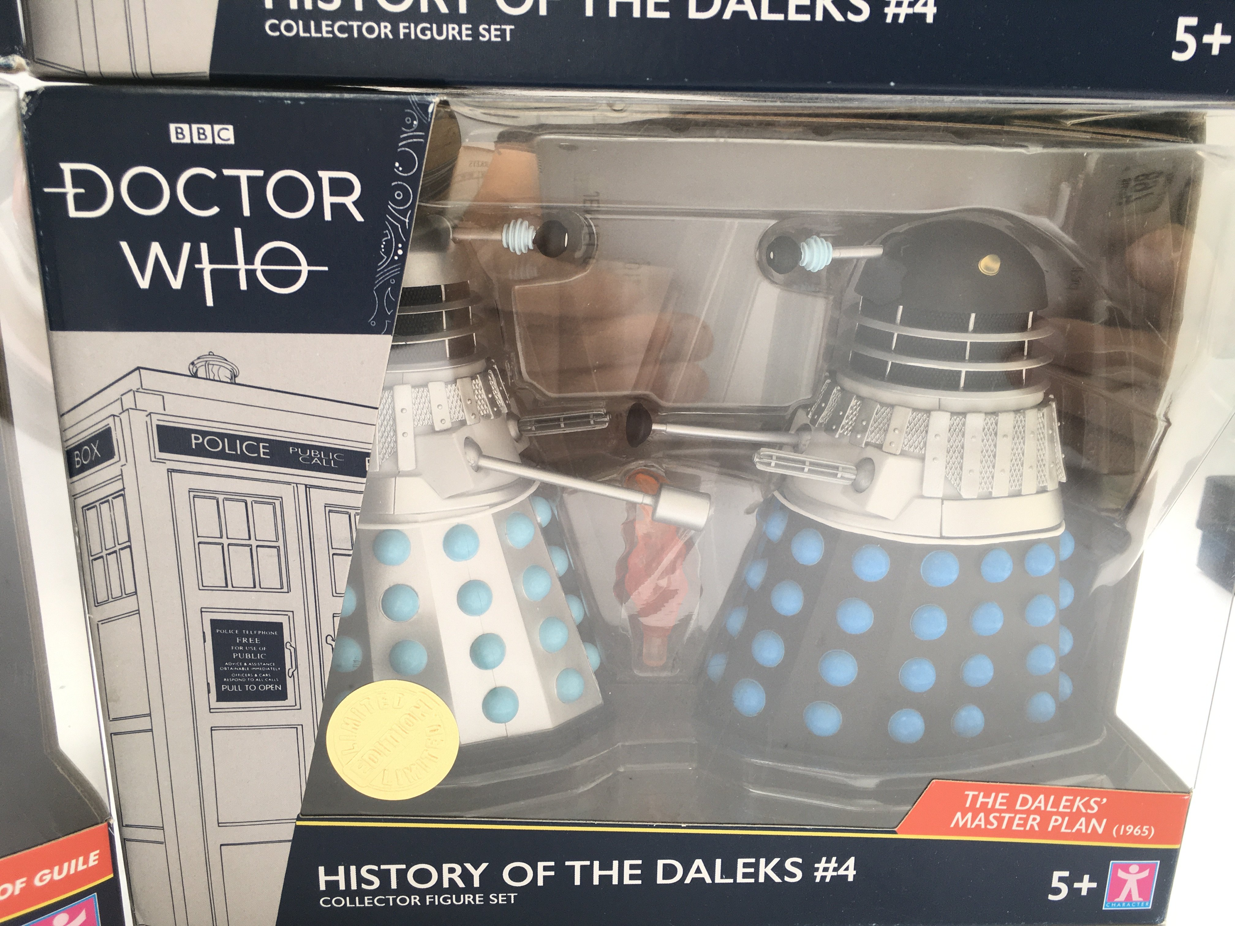 4 X Limited Edition Doctor Who Character Dalek Col - Image 2 of 5