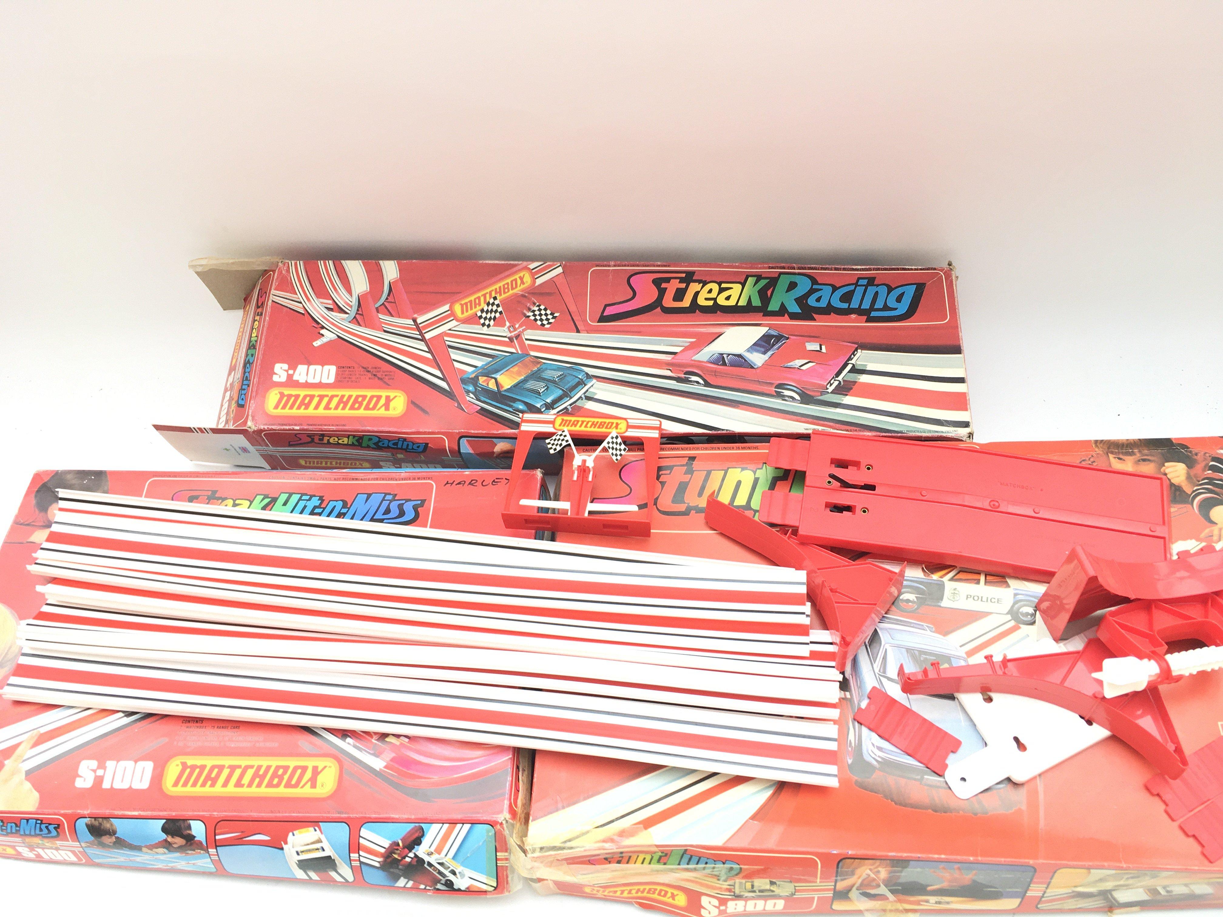 Collection of vintage matchbox tracks. Streak racing. Stunt jump. Streak hit n miss. - Image 4 of 4