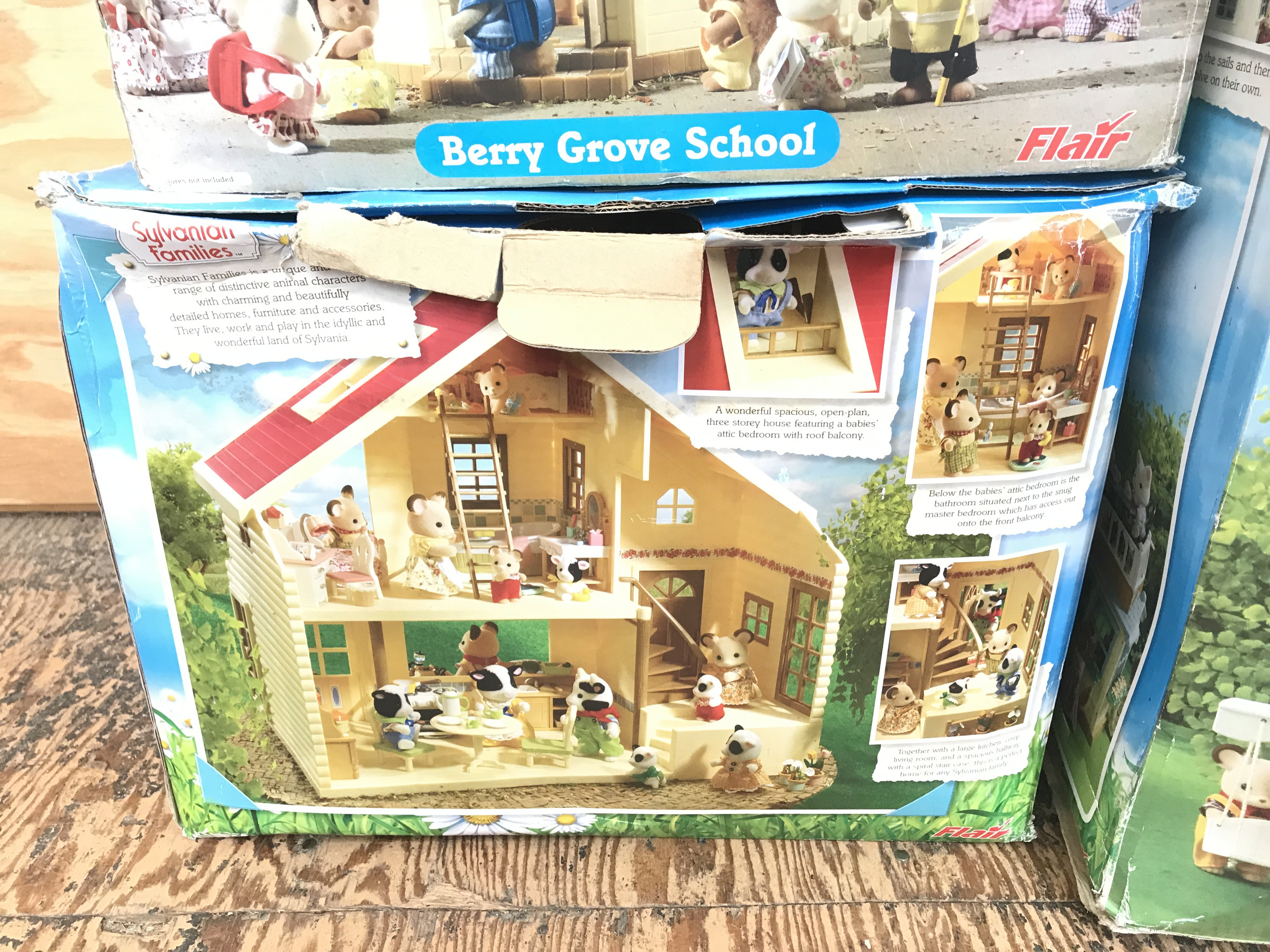 3 X Boxed Sylvanian Families Boxed PlaySets, inclu - Image 3 of 4