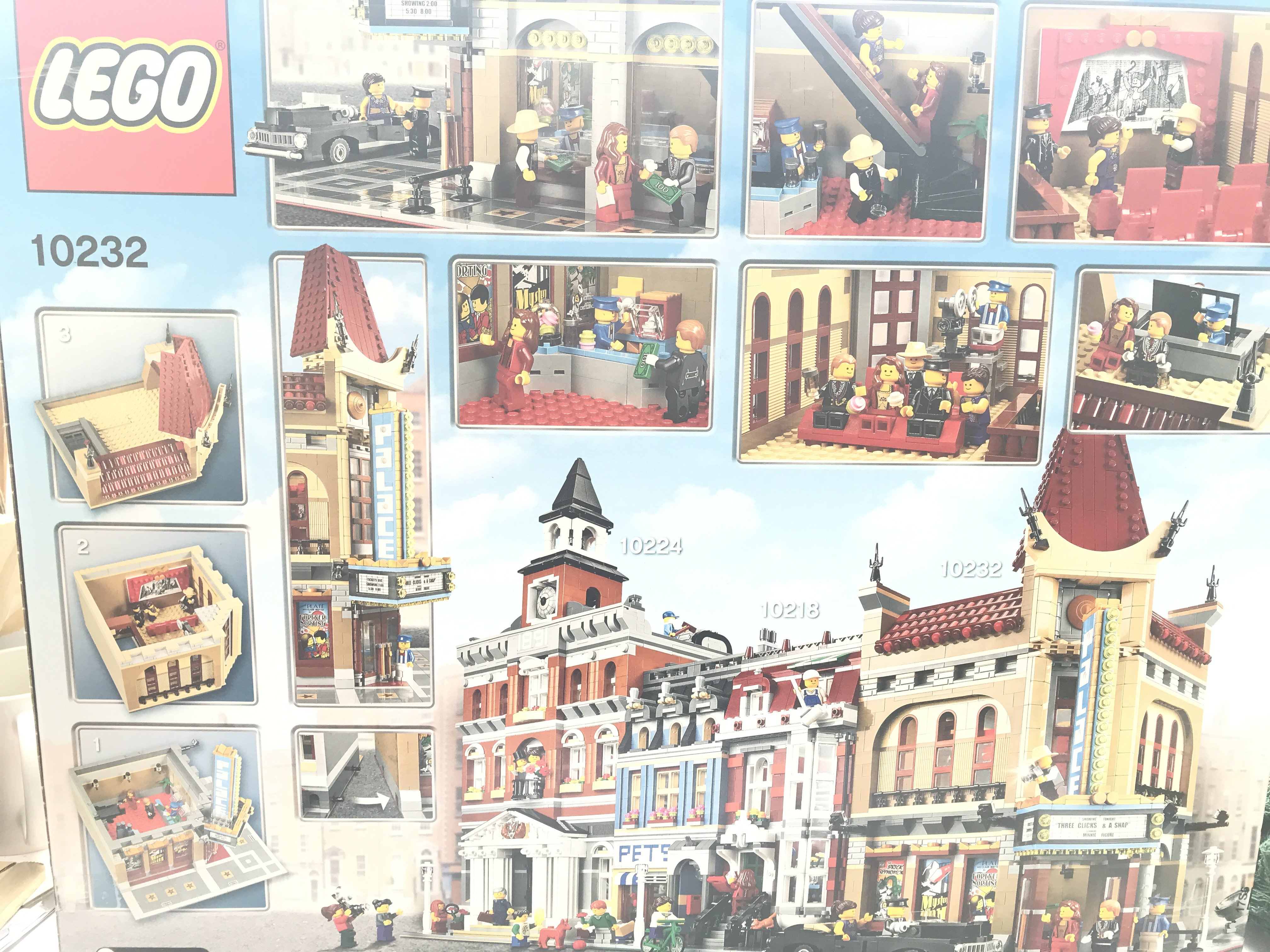 A Boxed Lego Palace Cinema 2194 pcs #10232 complet - Image 2 of 2