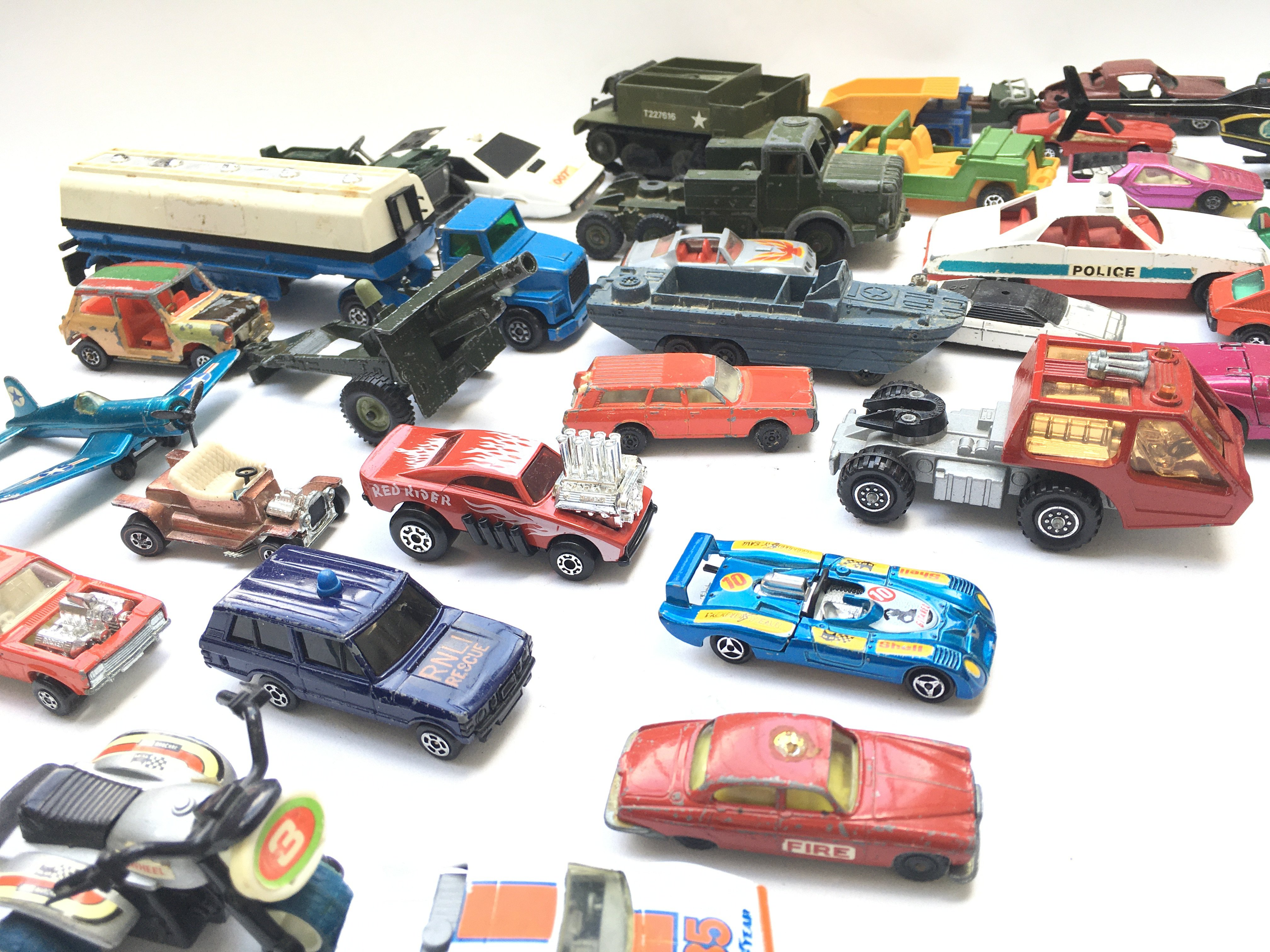 A Collection of Playworn Diecast Vehicle's includi - Image 2 of 3