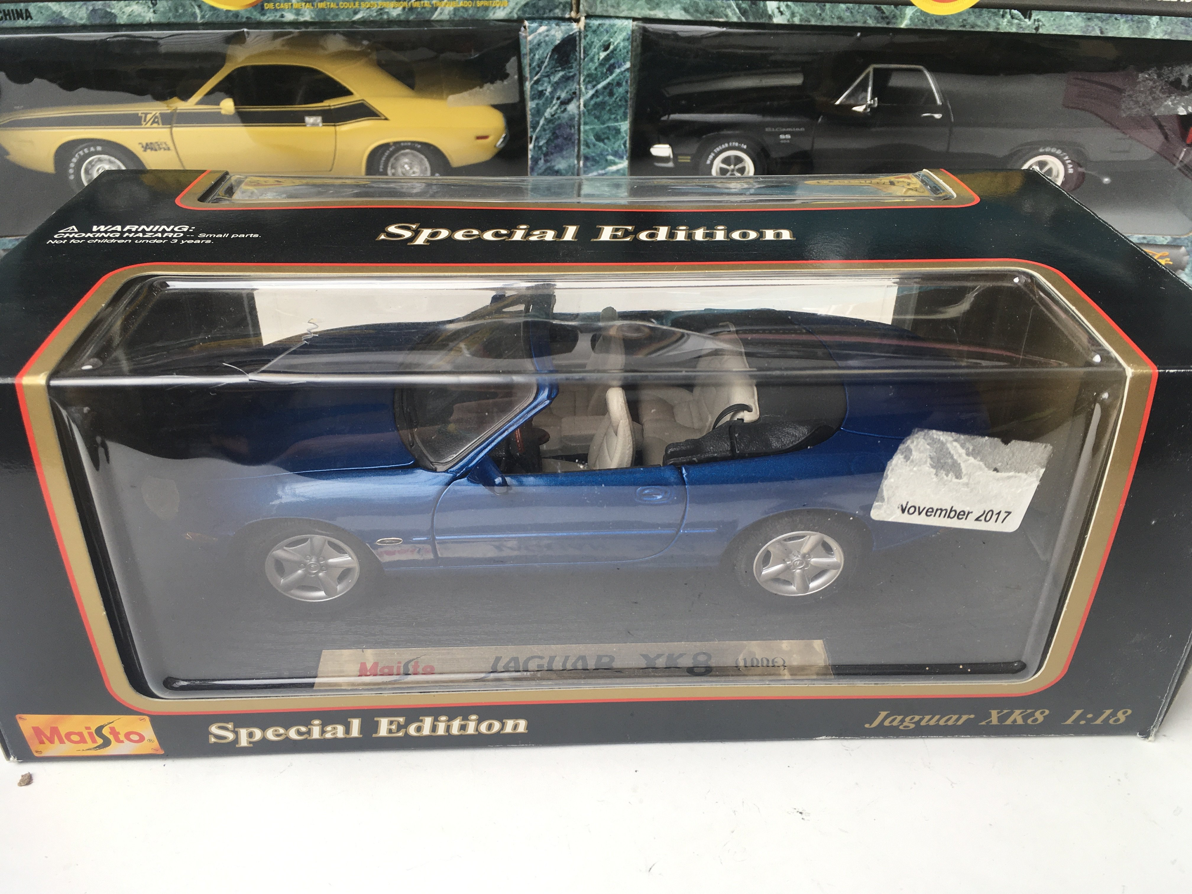 A Collection of American Muscle Cars and Maisto 1: - Image 2 of 3