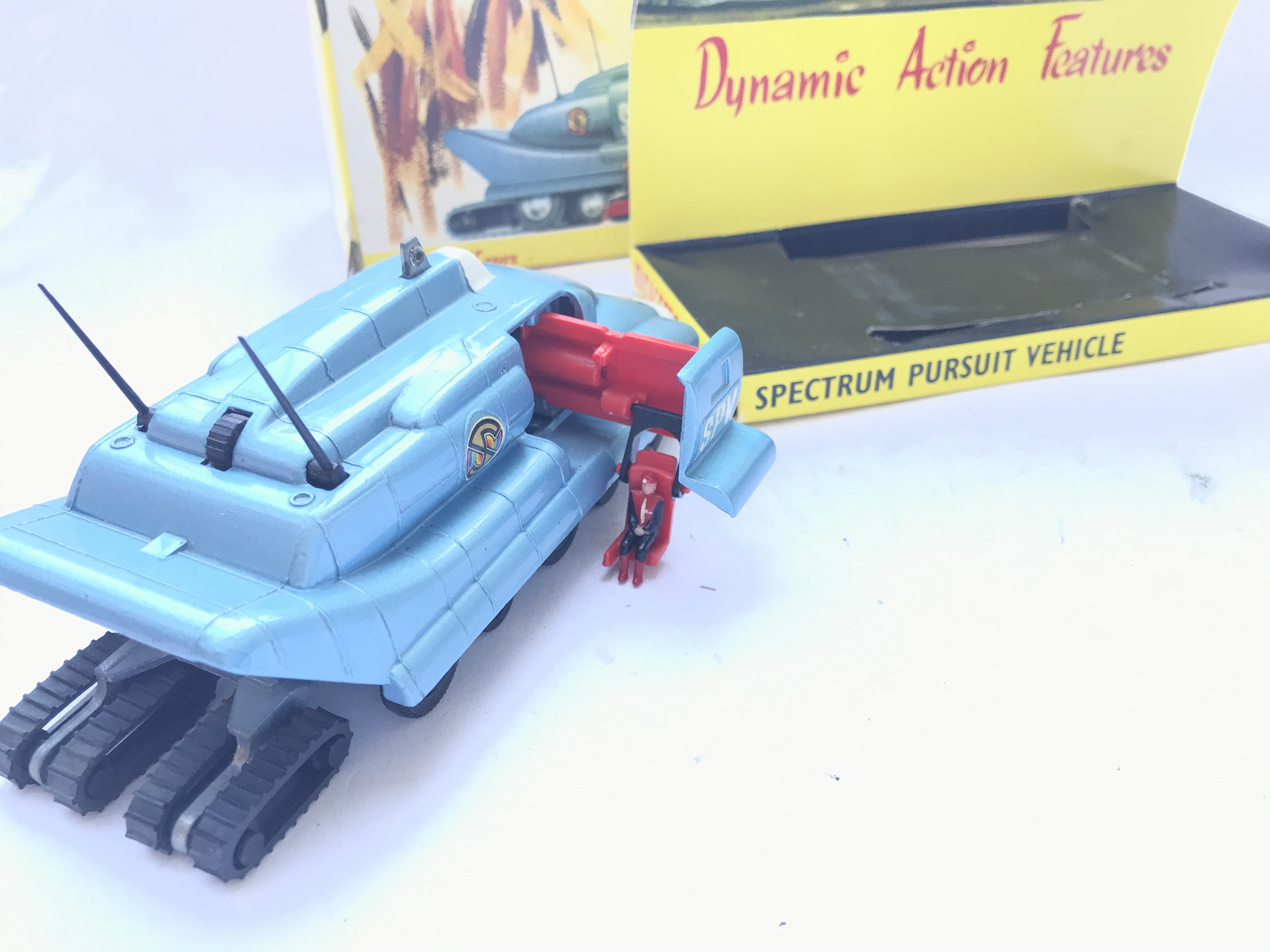 A Dinky Toys Spectrum Pursuit Vehicle Boxed. #104. - Image 2 of 4