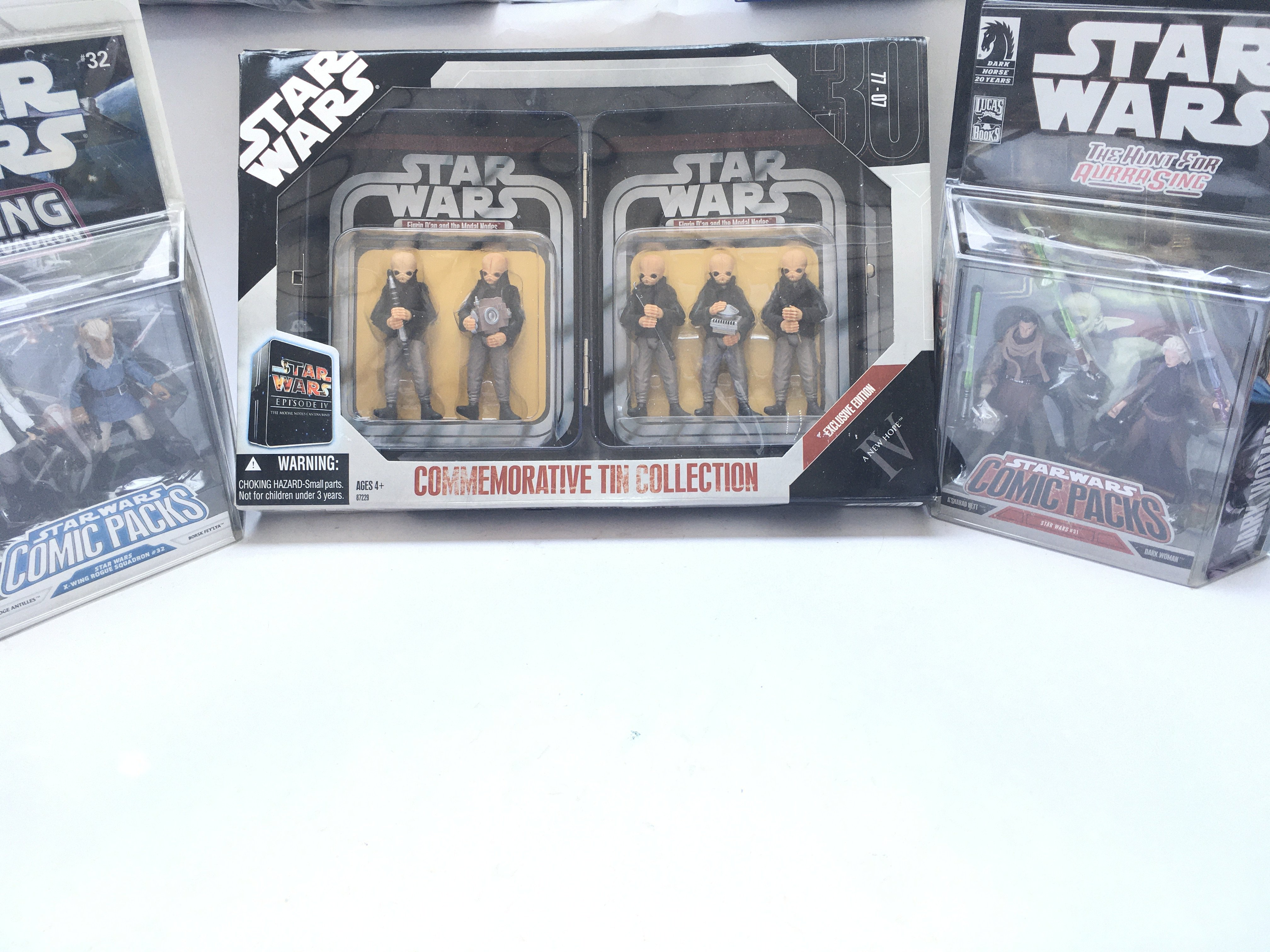 A Star Wars Commemorative Tin Collection Episode I