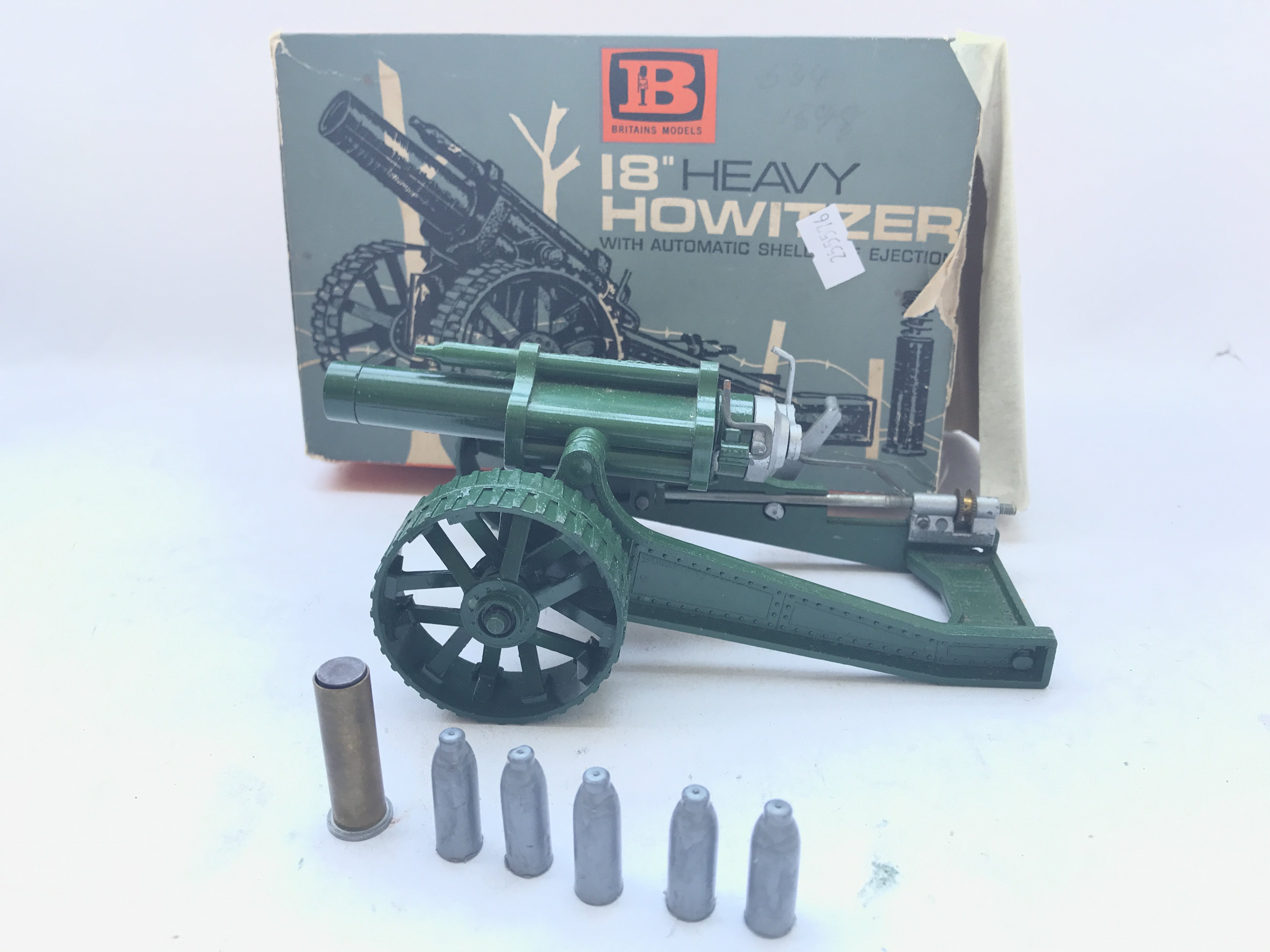 """A Boxed Britain's 18"""" Heavy Howitzer complete with - Image 2 of 3"""