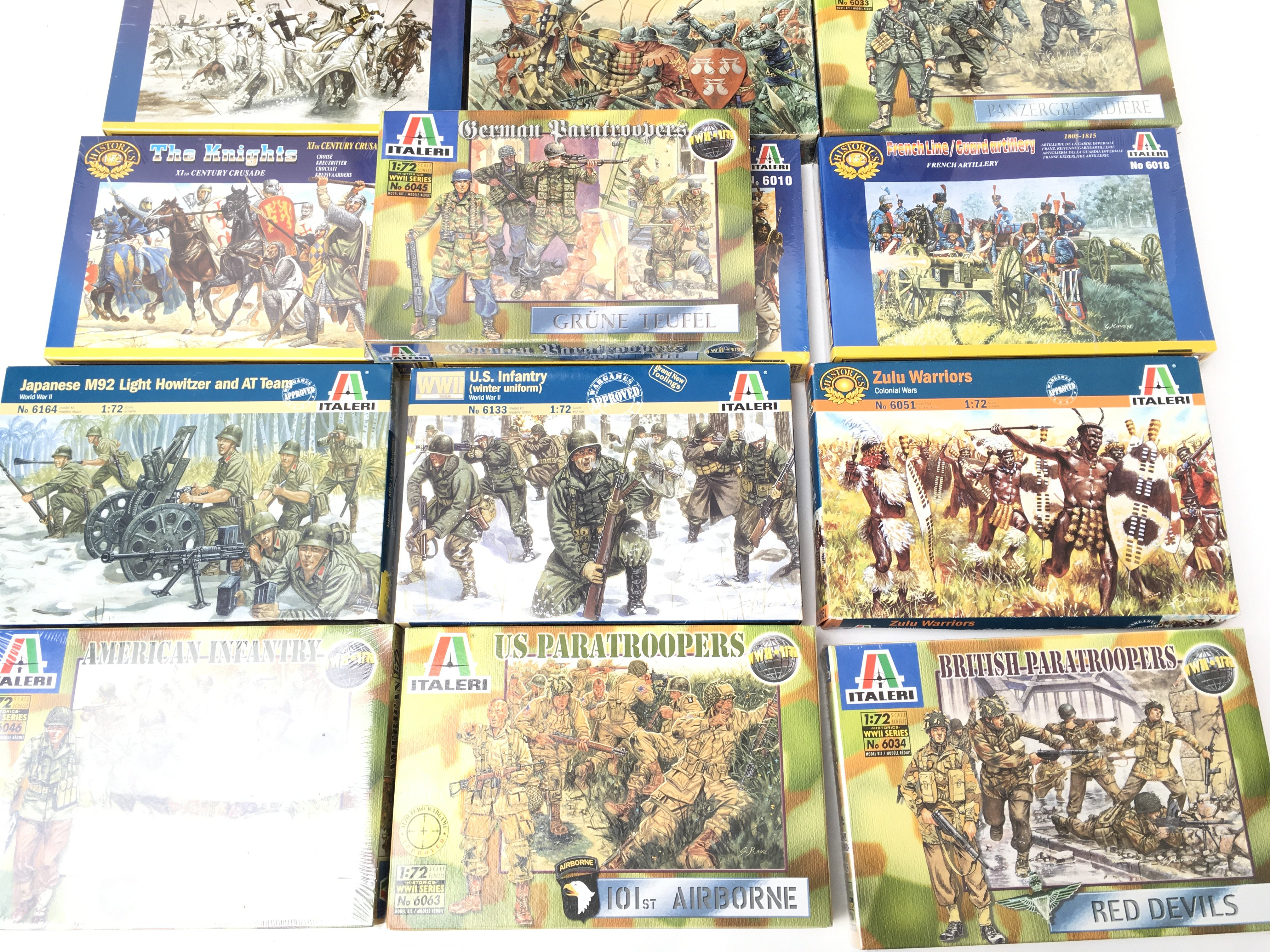 A Collection of Boxed Italeri Plastic Figures Plus - Image 4 of 4