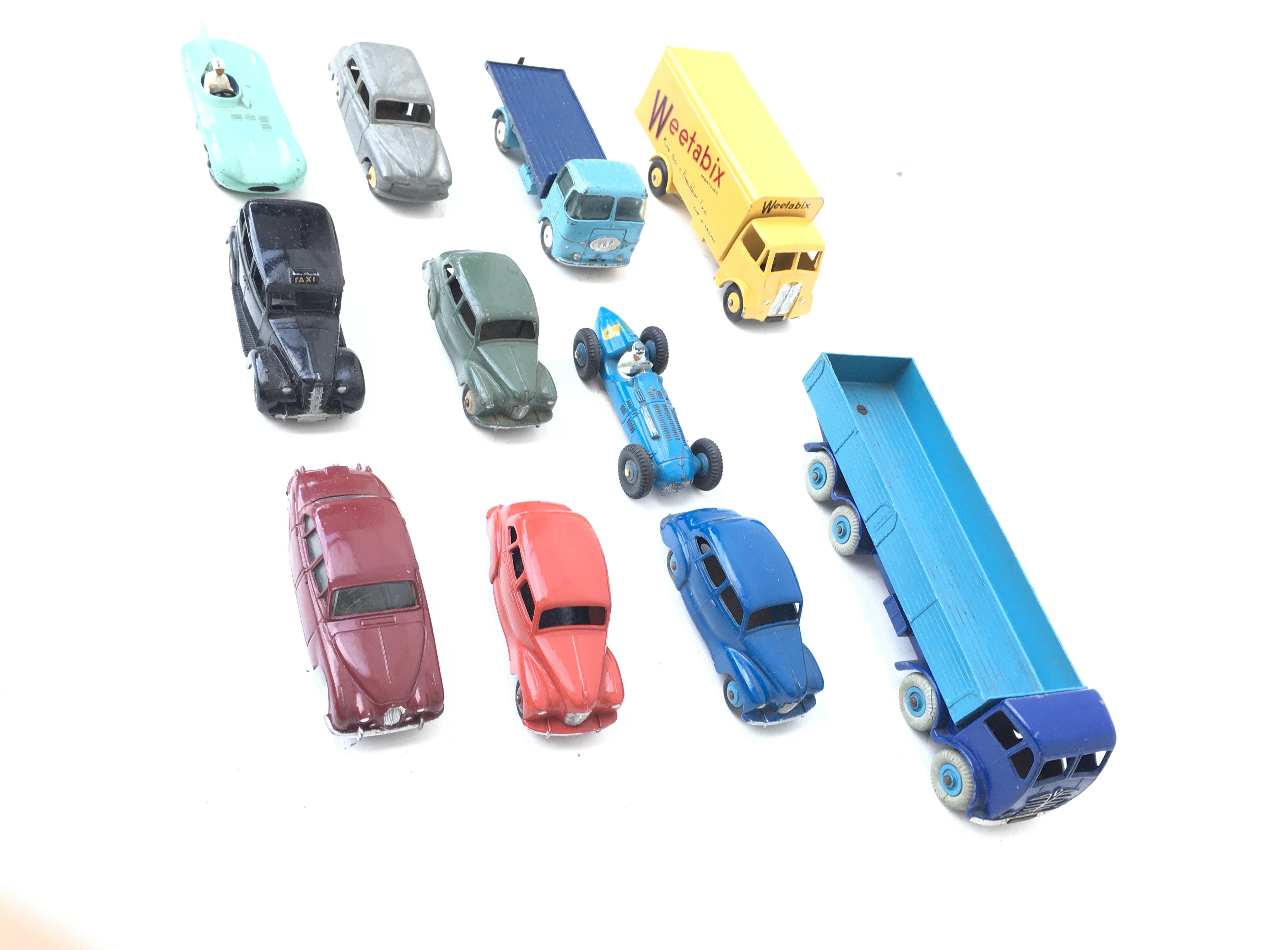 A Collection of Loose Dinky Vehicles including A F - Image 2 of 3