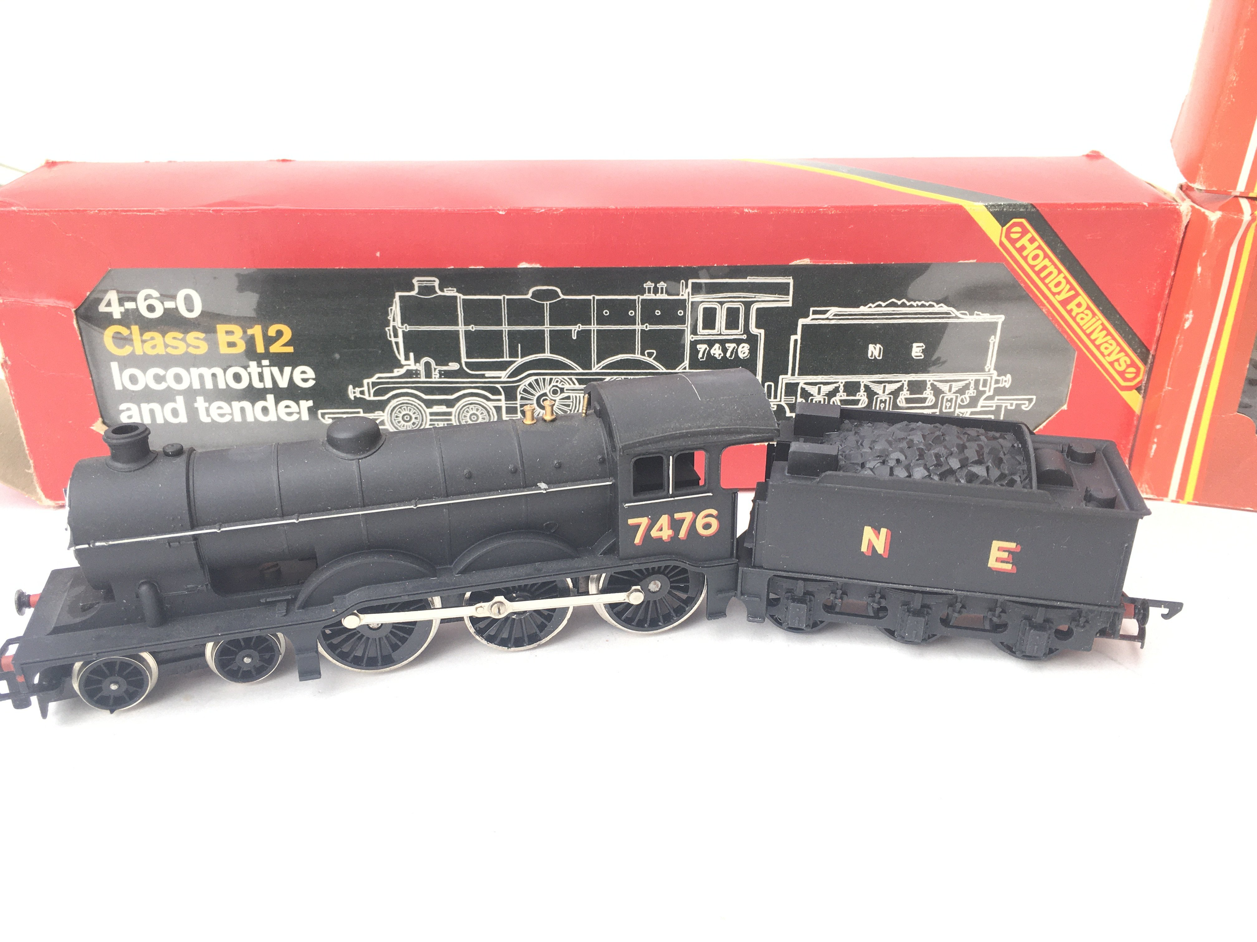 A Boxed Hornby 00 Gauge Class B12 Locomotive # R.0 - Image 2 of 4