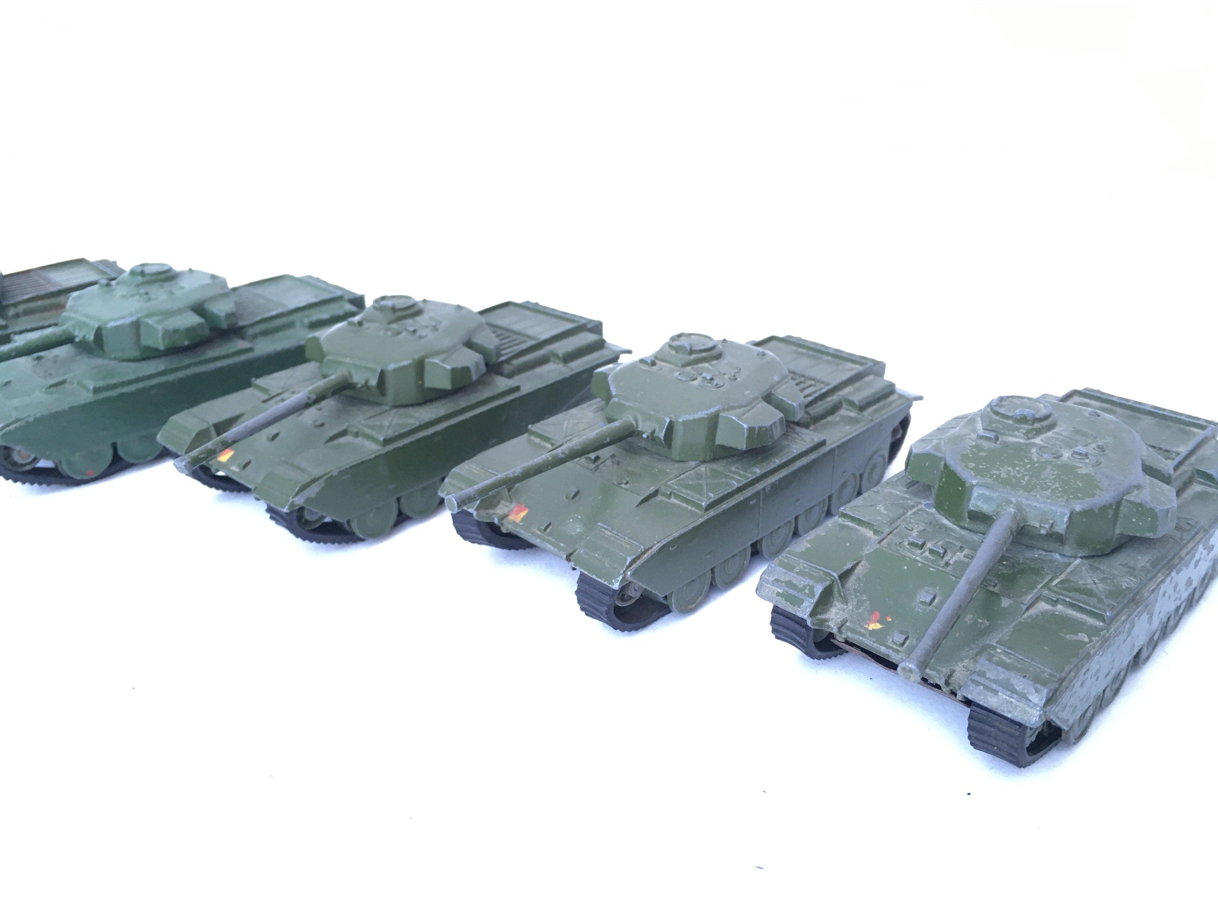 5 X Dinky Supertoys Centurion Tanks. #651.(1 re-pa - Image 4 of 4