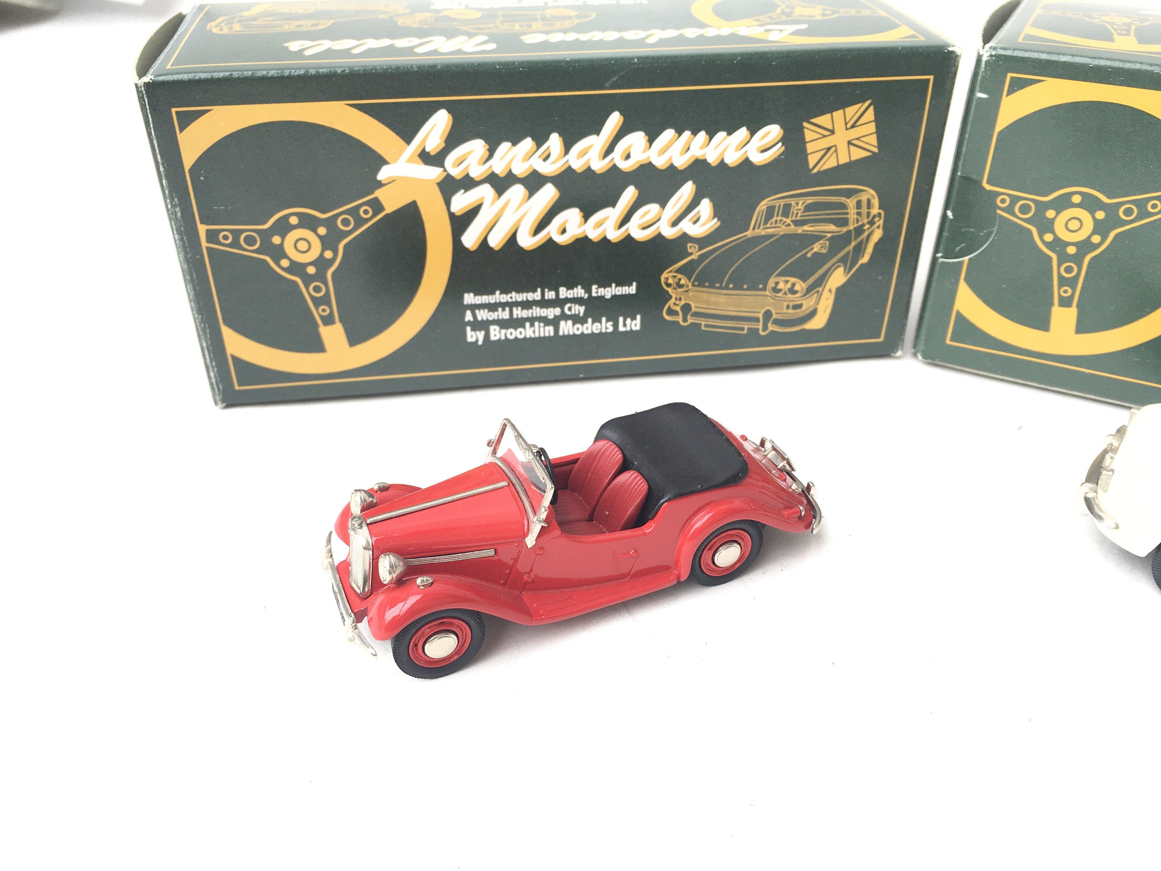 2 X Lansdowne Models. LDM 25 1954 Singer SM Roadst - Image 2 of 3