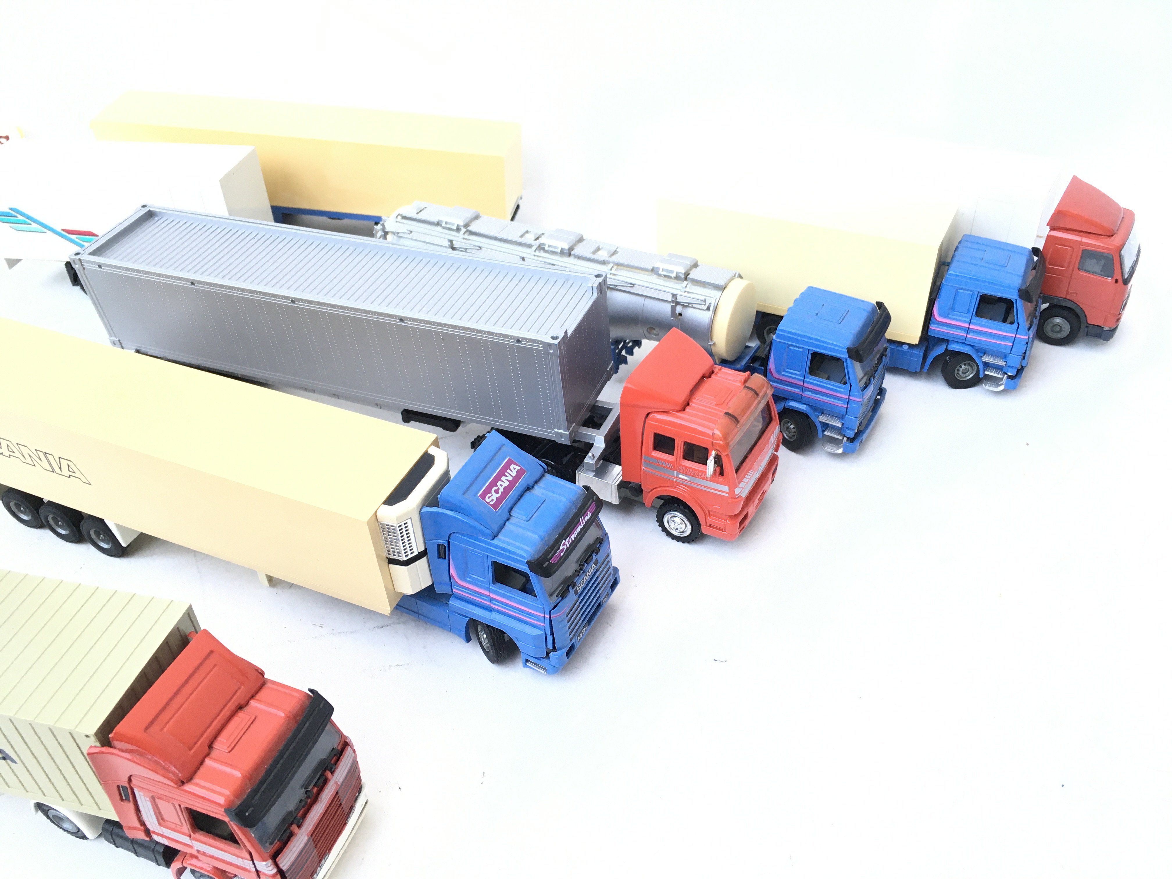 A Box Containing Model Lorry's and Trailers. - Image 2 of 2