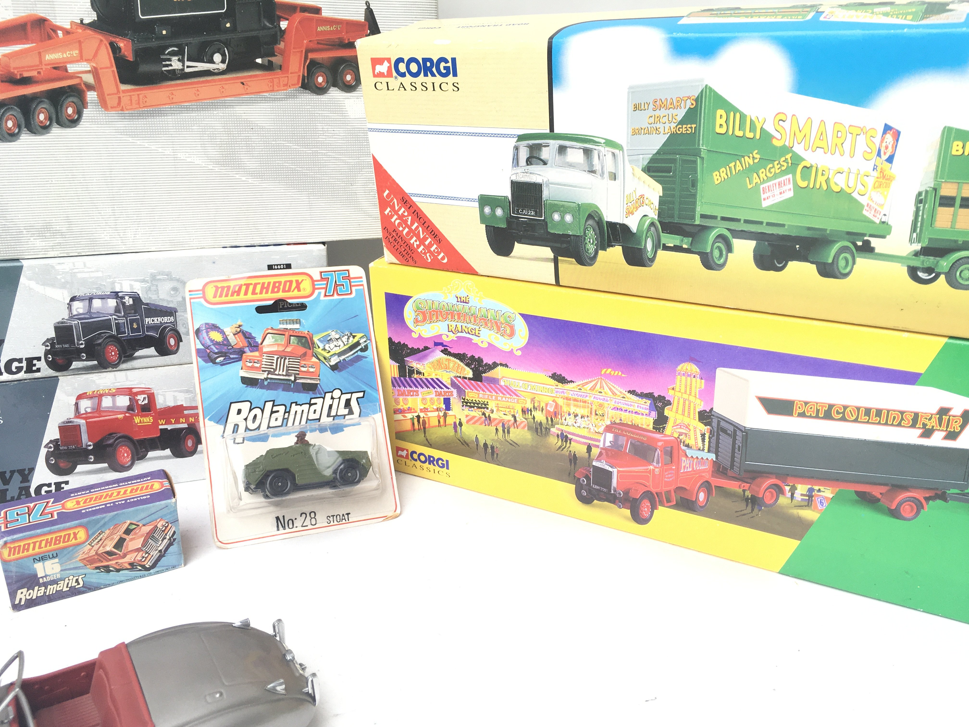 A Collection of Various Boxed Die-Cast including V - Image 3 of 3
