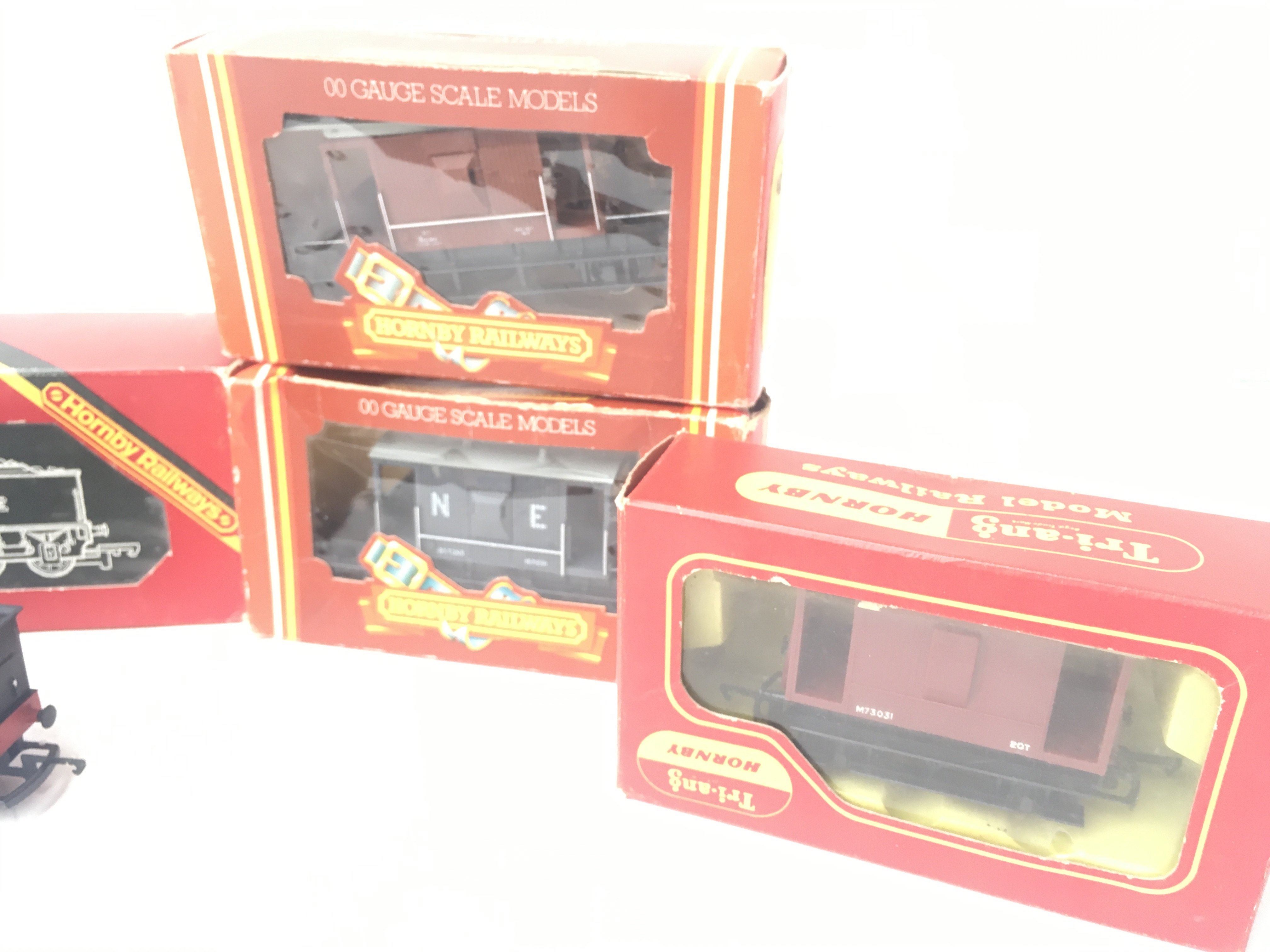 A Boxed Hornby 00 Gauge Class B12 Locomotive # R.0 - Image 3 of 4