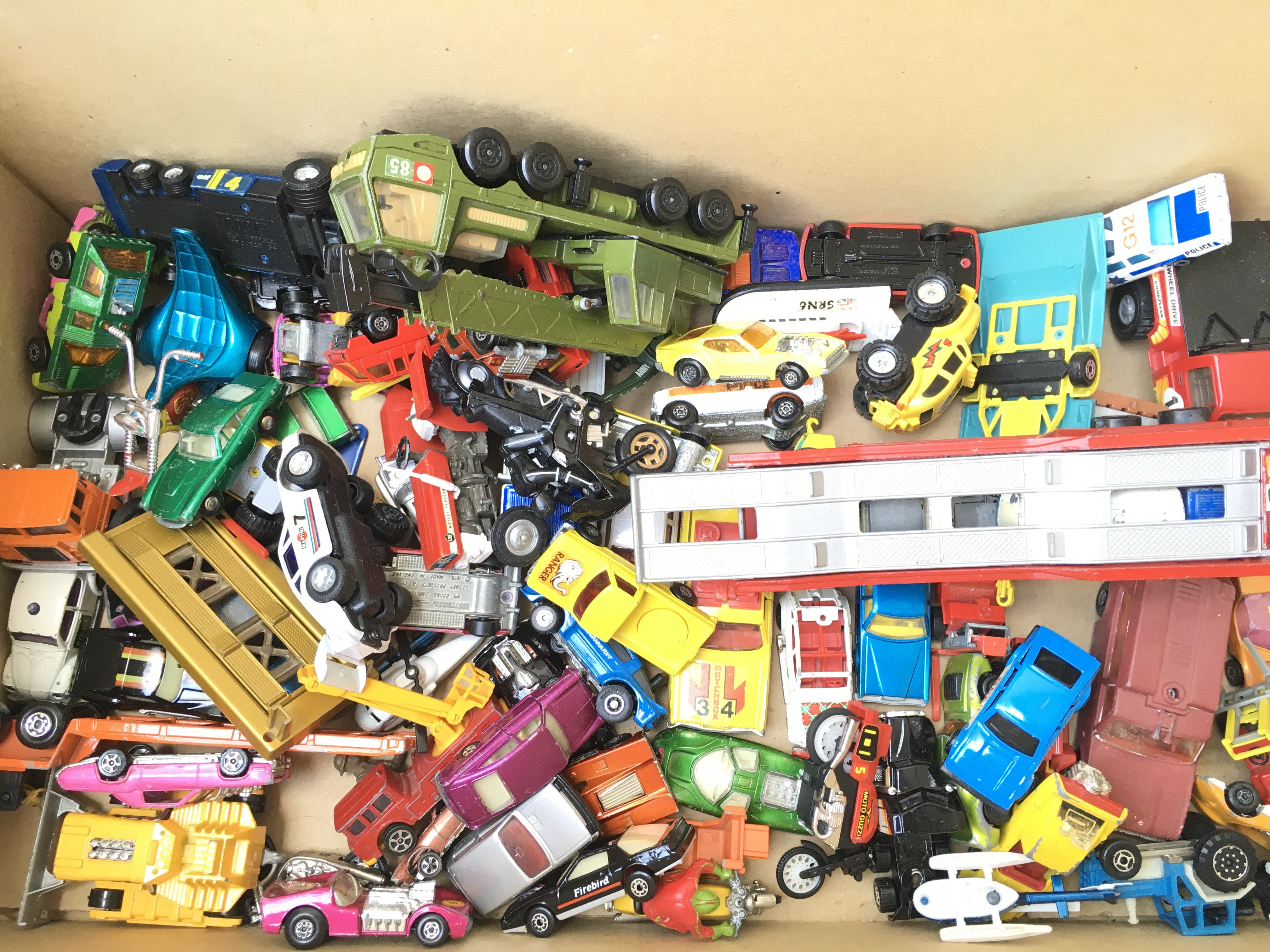 A Collection of Playworn Diecast Vehicle's includi - Image 3 of 3