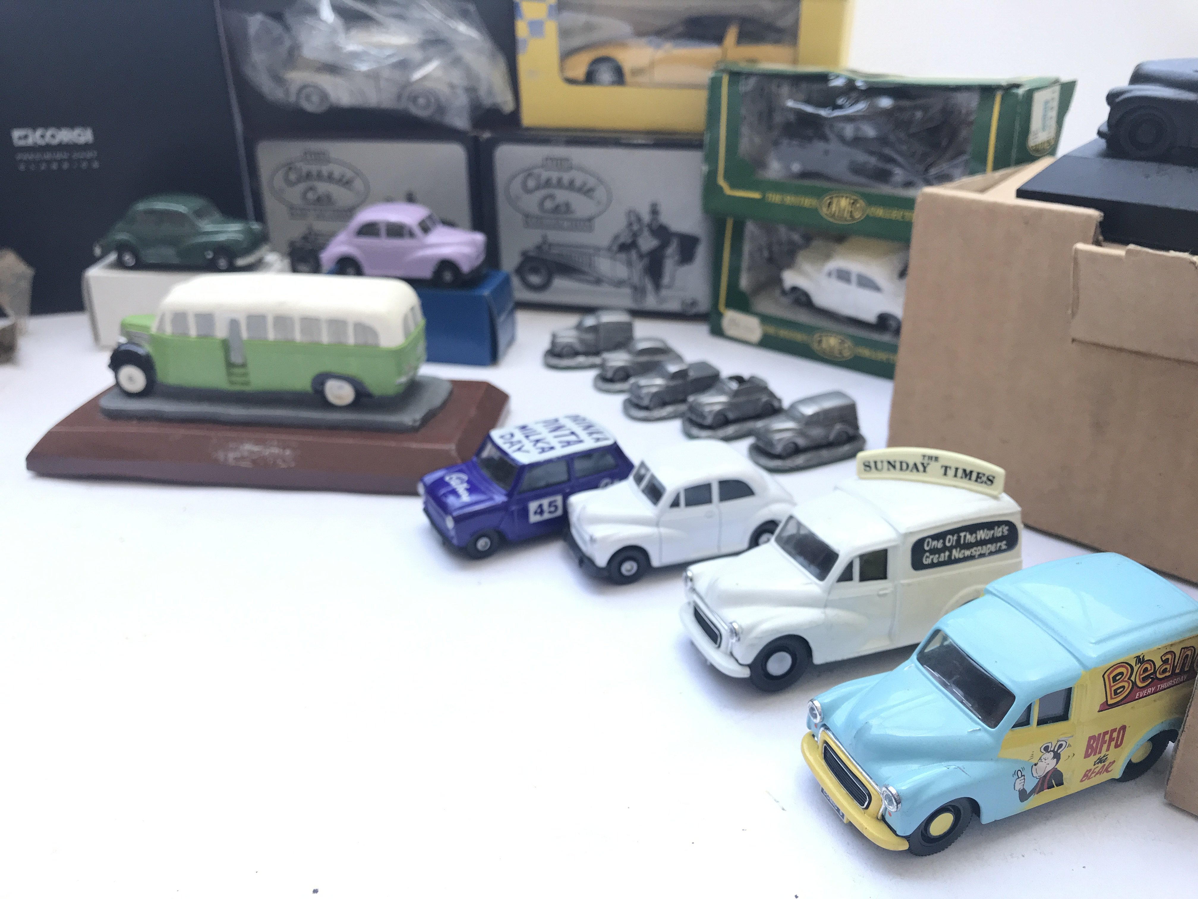 A Box Containing A Collection of Morris Minor Coal - Image 4 of 5