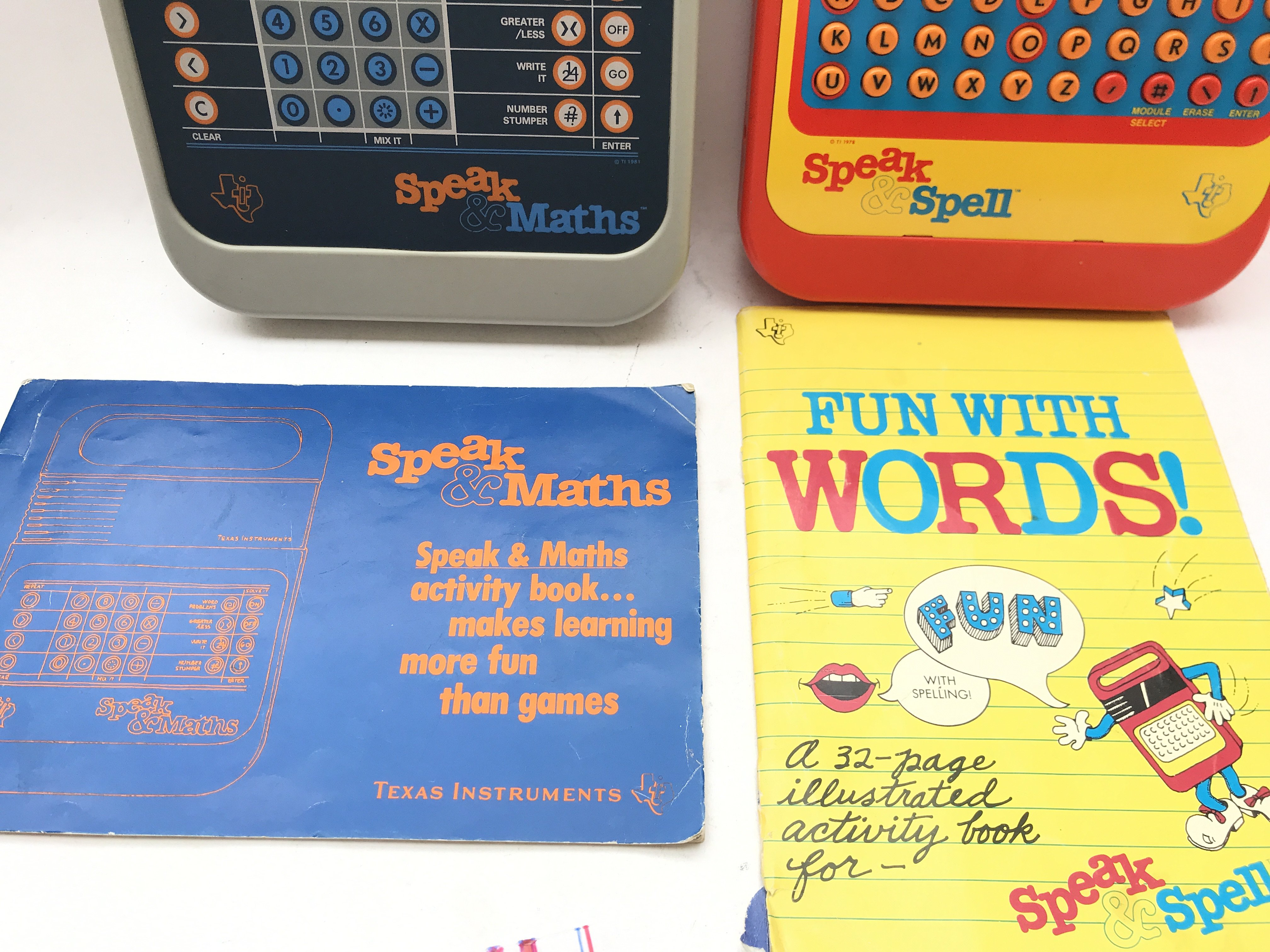 2 X Texas Instruments. A Speak and Maths and a Spe - Image 3 of 3