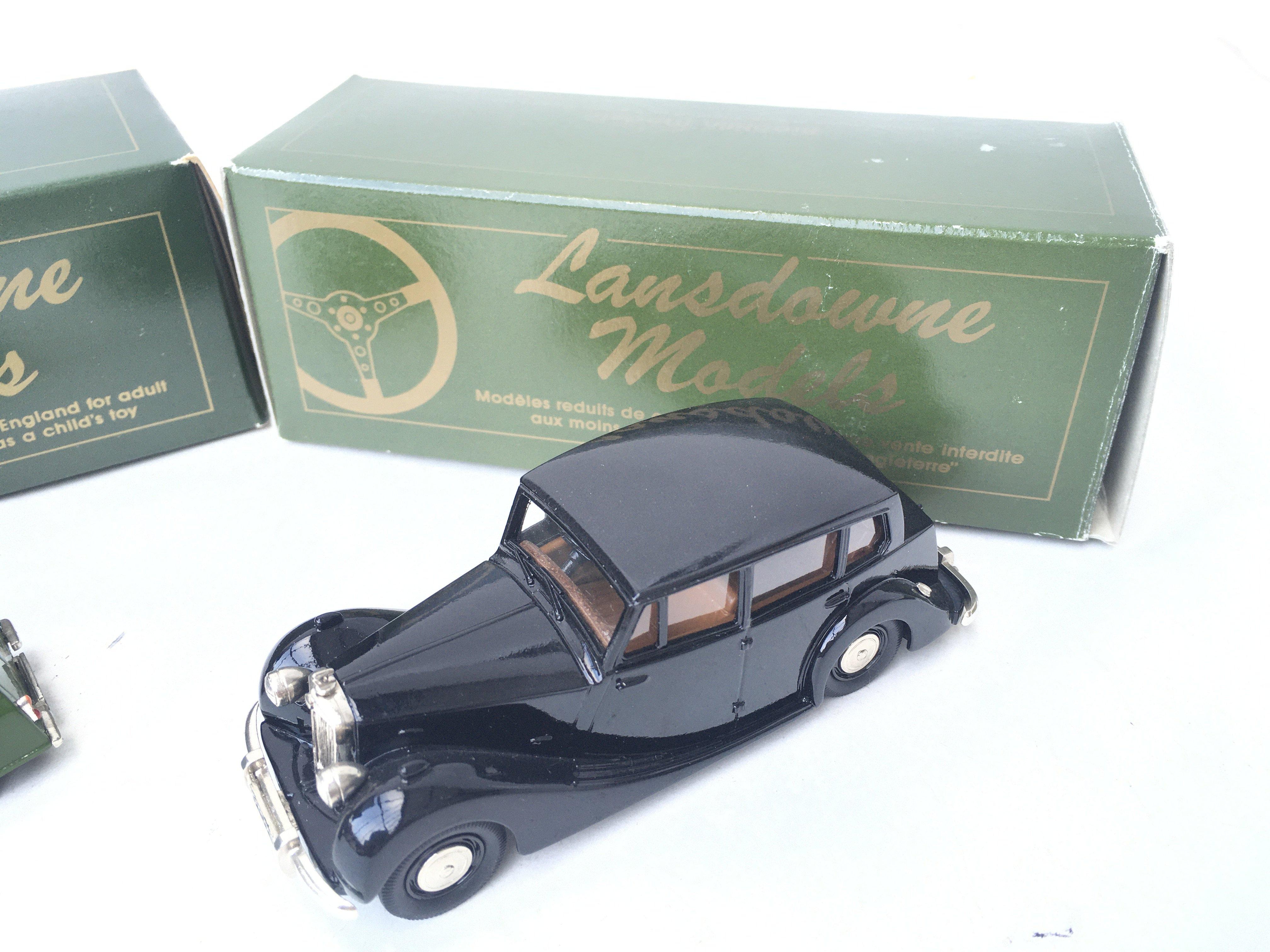 2 X Lansdowne Models including LD4 1962 Morris Min - Image 3 of 3