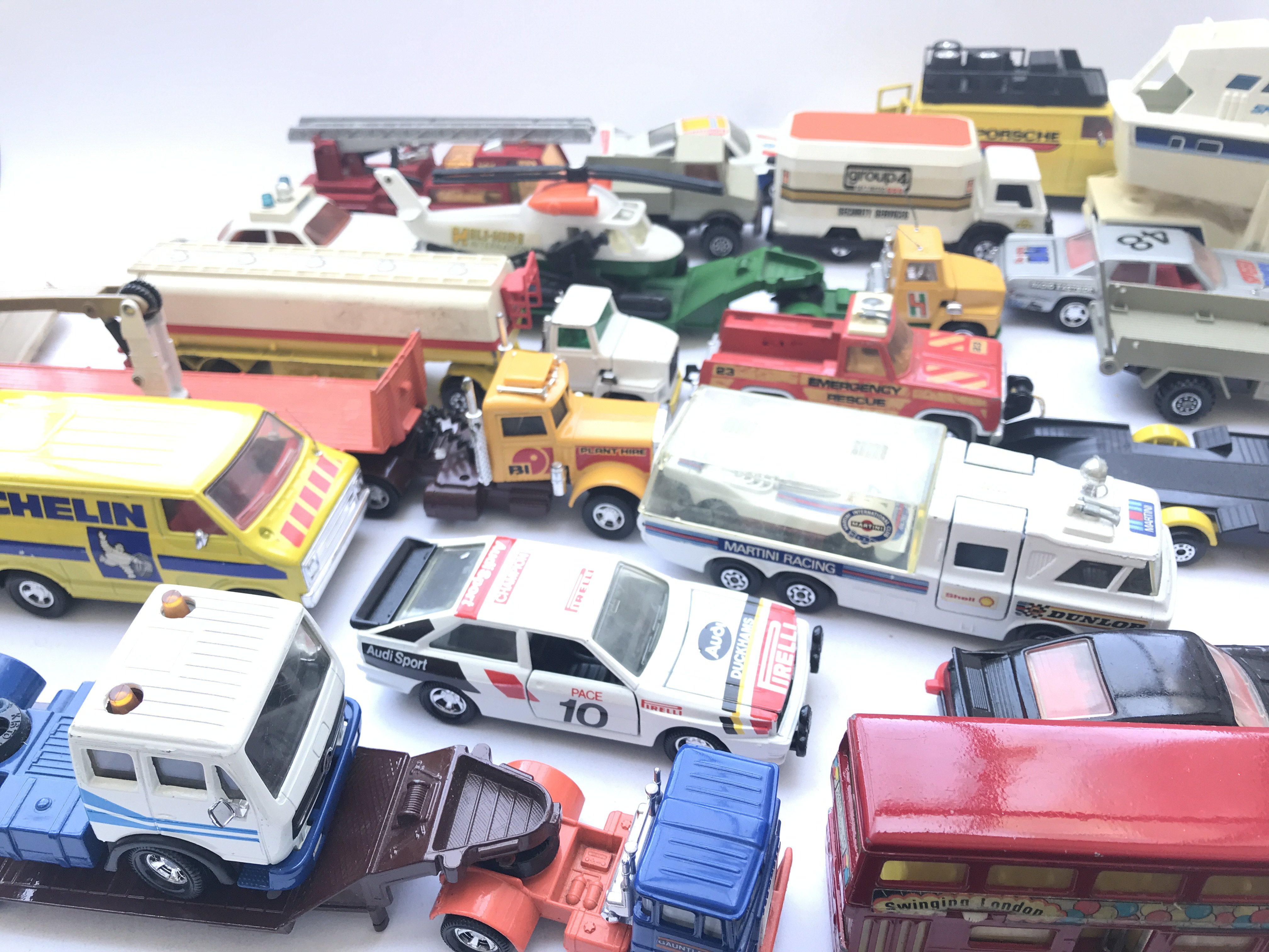A Collection of Matchbox Diecast including Lorry's - Image 2 of 2