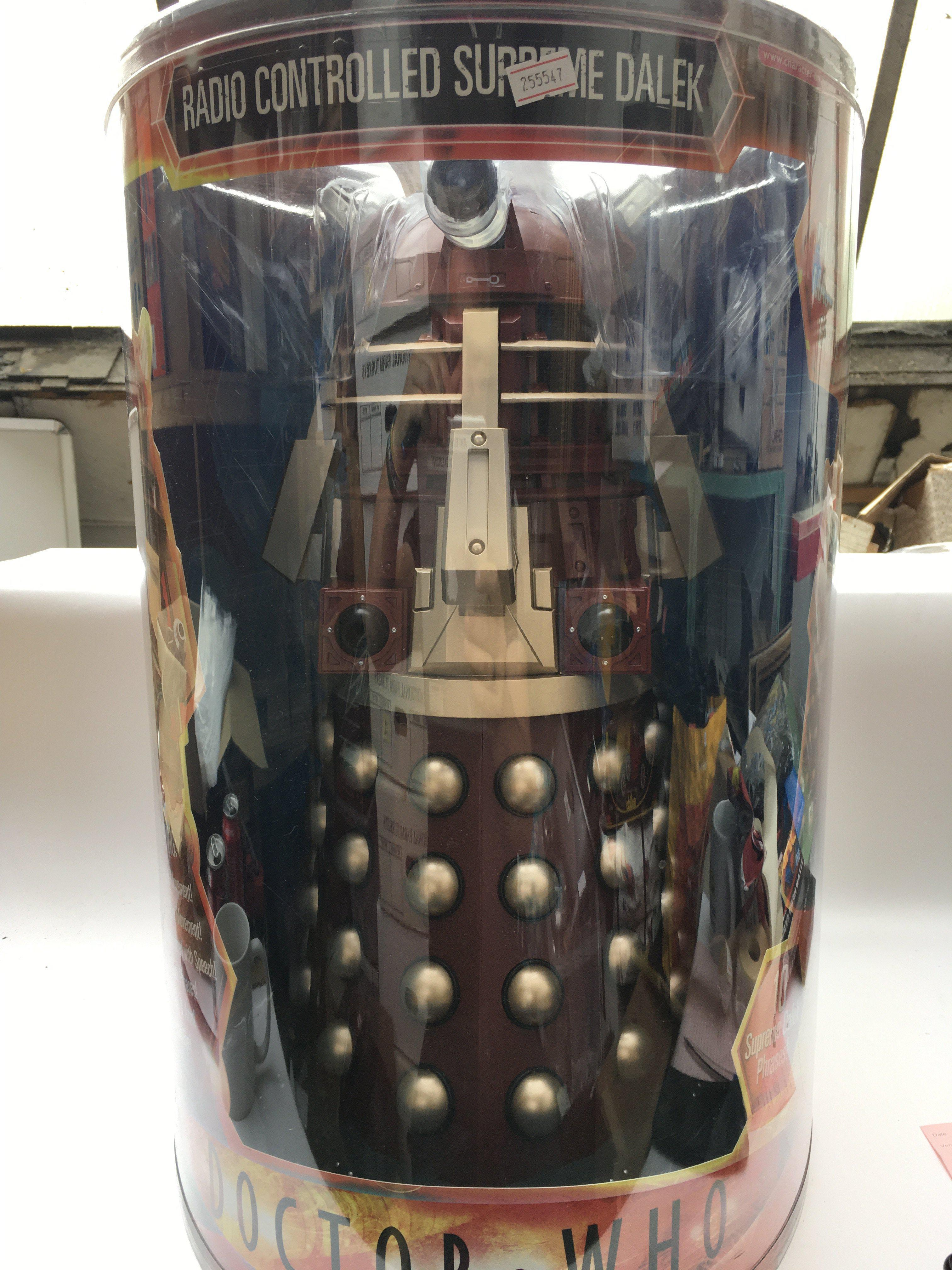"""A 18"""" Radio Controlled Supreme Dalek by Character. - Image 3 of 3"""