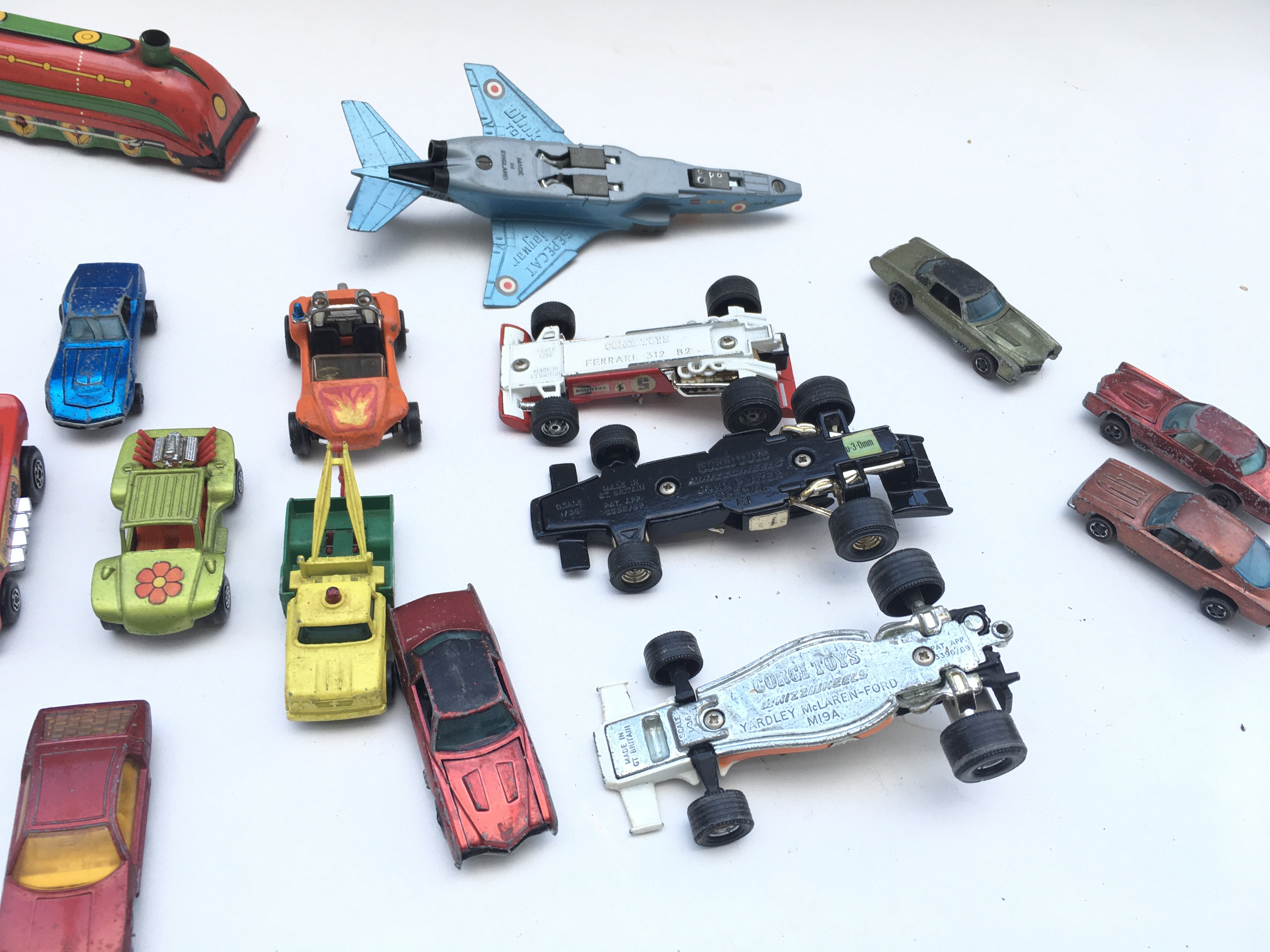 Pair of tin trains. Collection of cars including Corgi and hot wheels. - Image 2 of 2