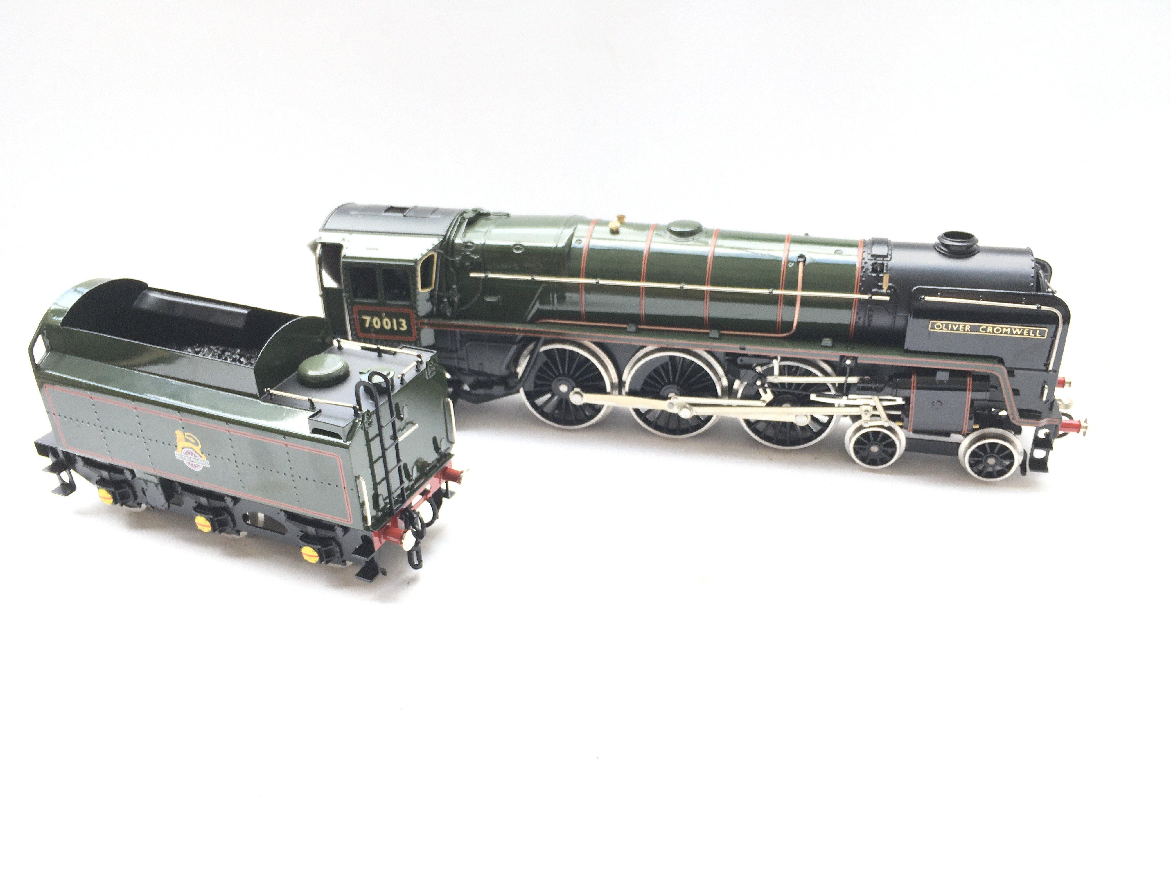 A Ace Trains 0 Gauge Britannia Class Locomotive. B - Image 2 of 3