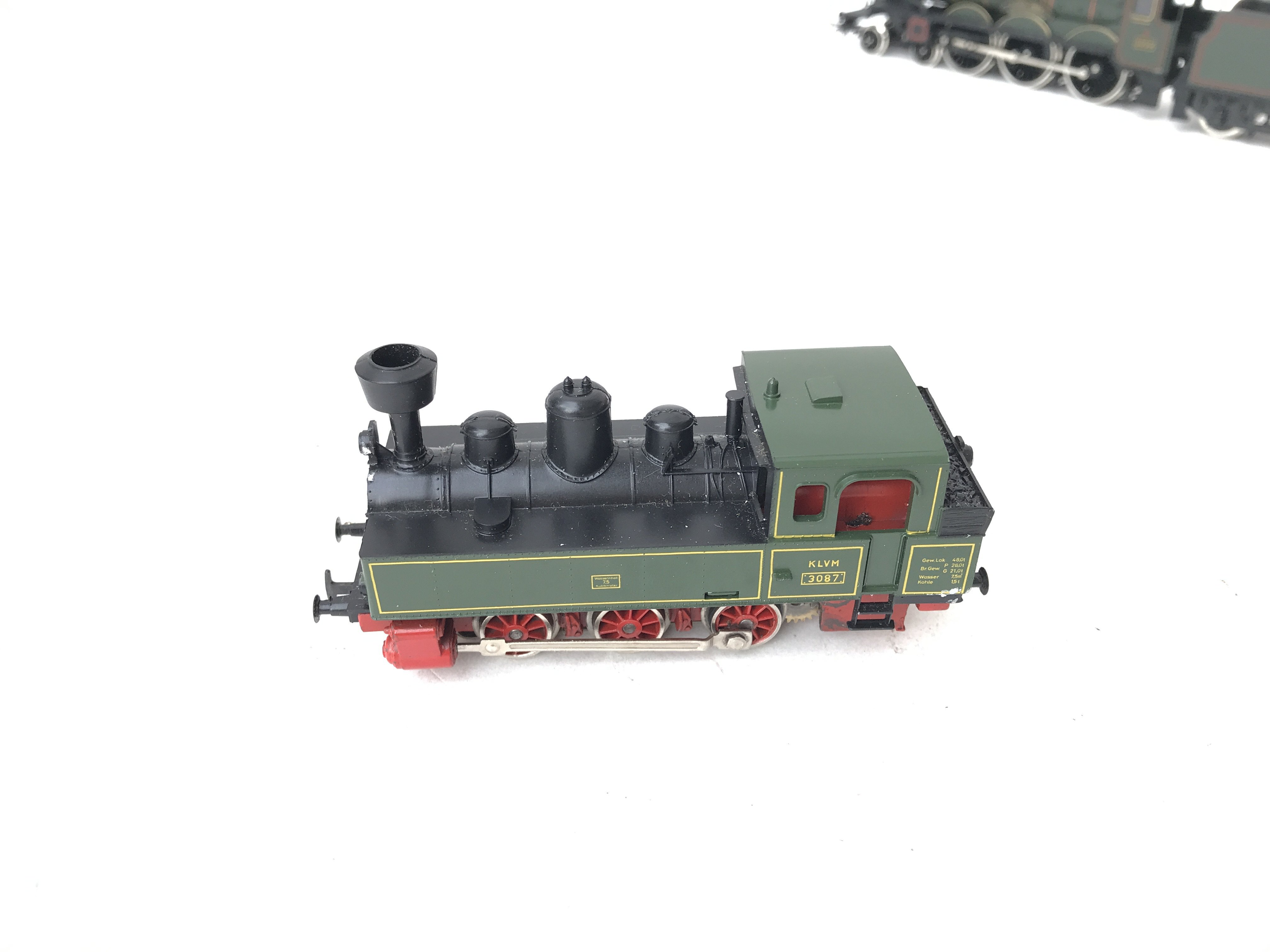 2 X 00 Gauge Locomotives including 0-6-0 Pannier tank. A Dapol GWR Castle Class Neath Abbey and a HO - Image 2 of 4