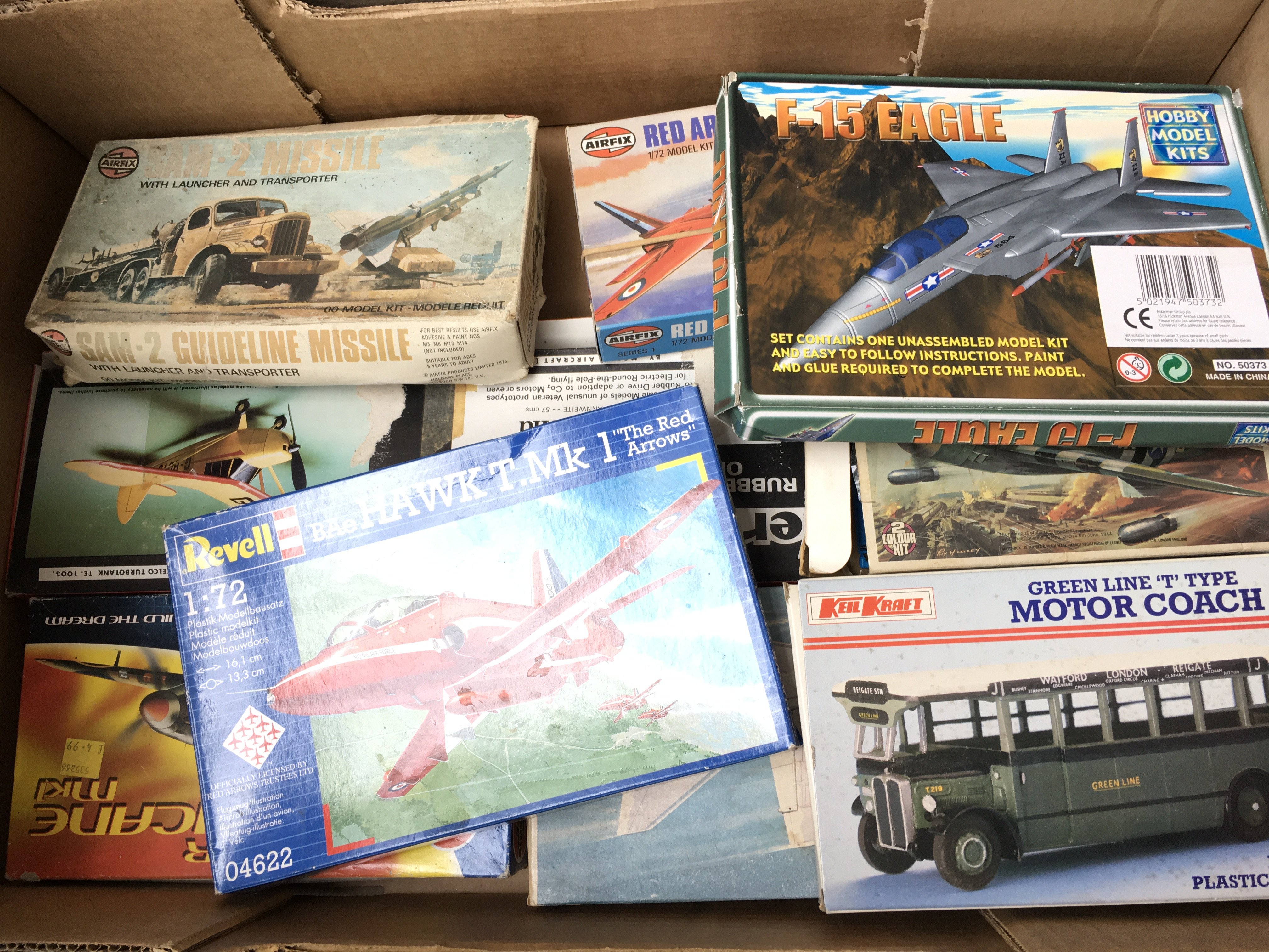 A large collection of Airfix. Revell Etc. Model ki - Image 2 of 3