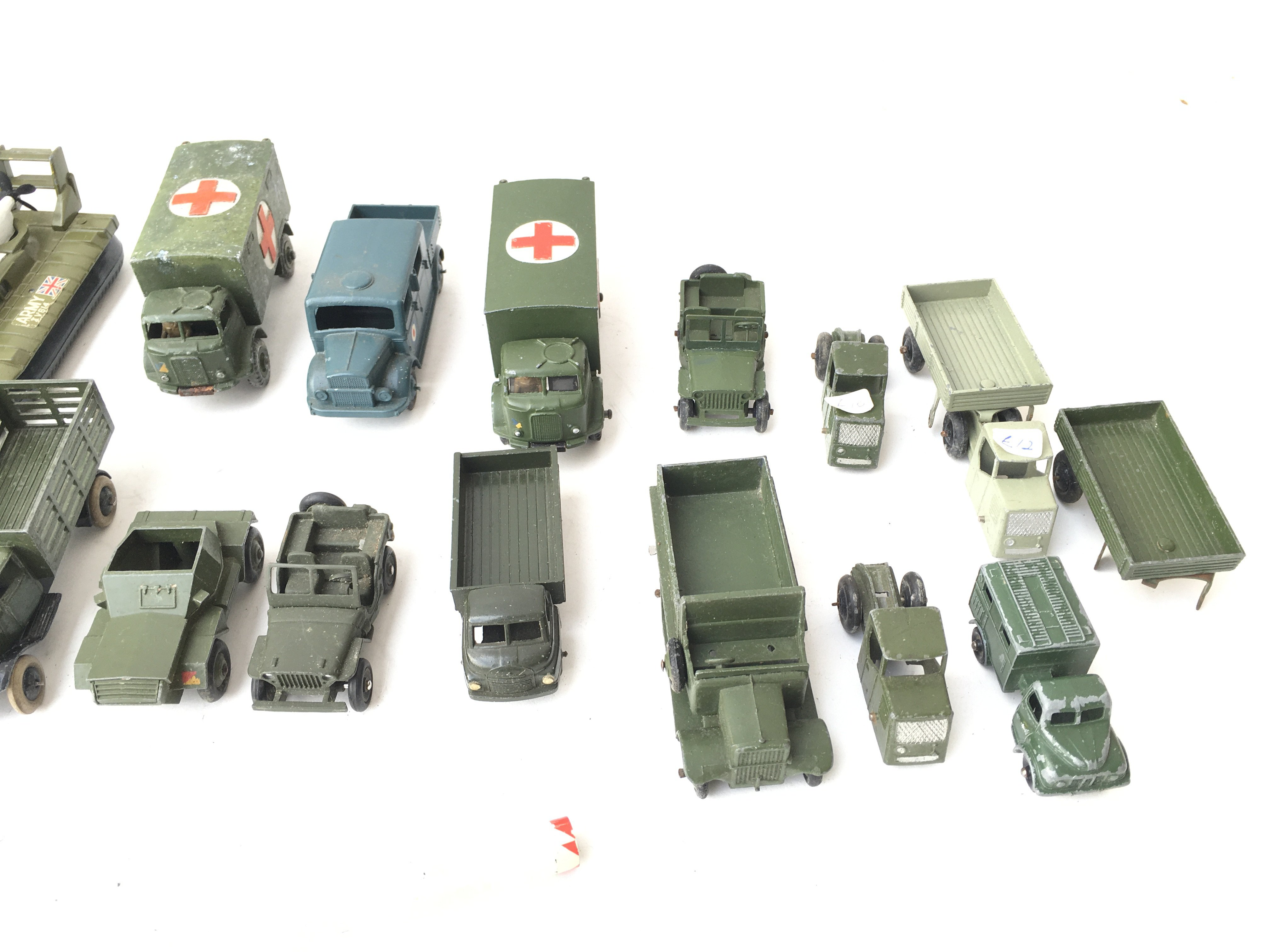A Collection of Military Die Cast Vehicles includi - Image 4 of 4