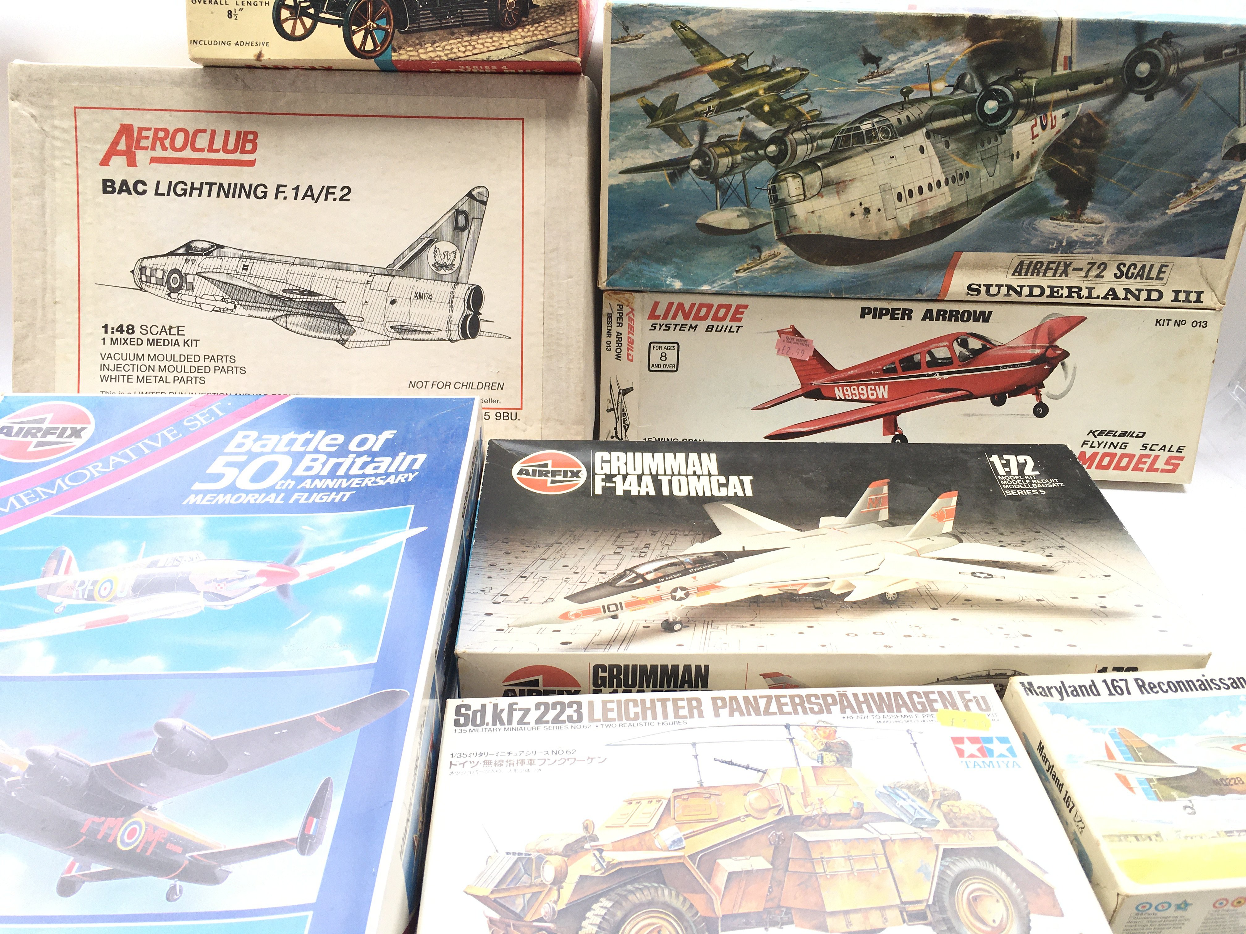 A large collection of Airfix. Revell Etc. Model ki