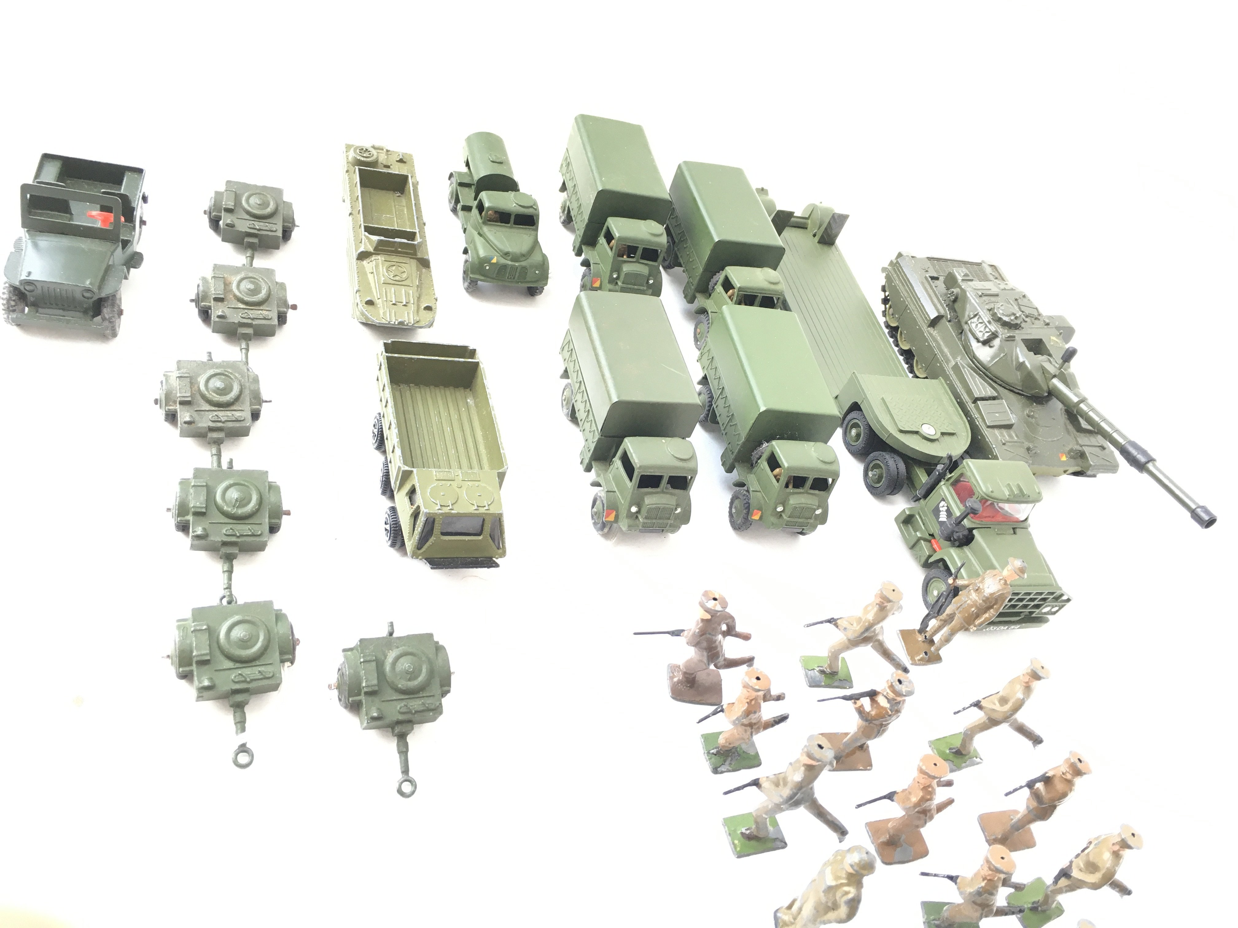A Collection of Military Die Cast Vehicles includi - Image 3 of 3